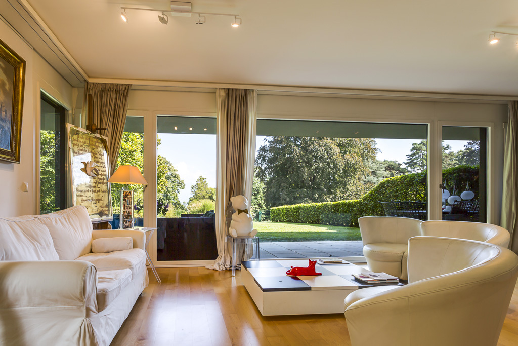 Property For Sale at Magnificent apartment with garden
