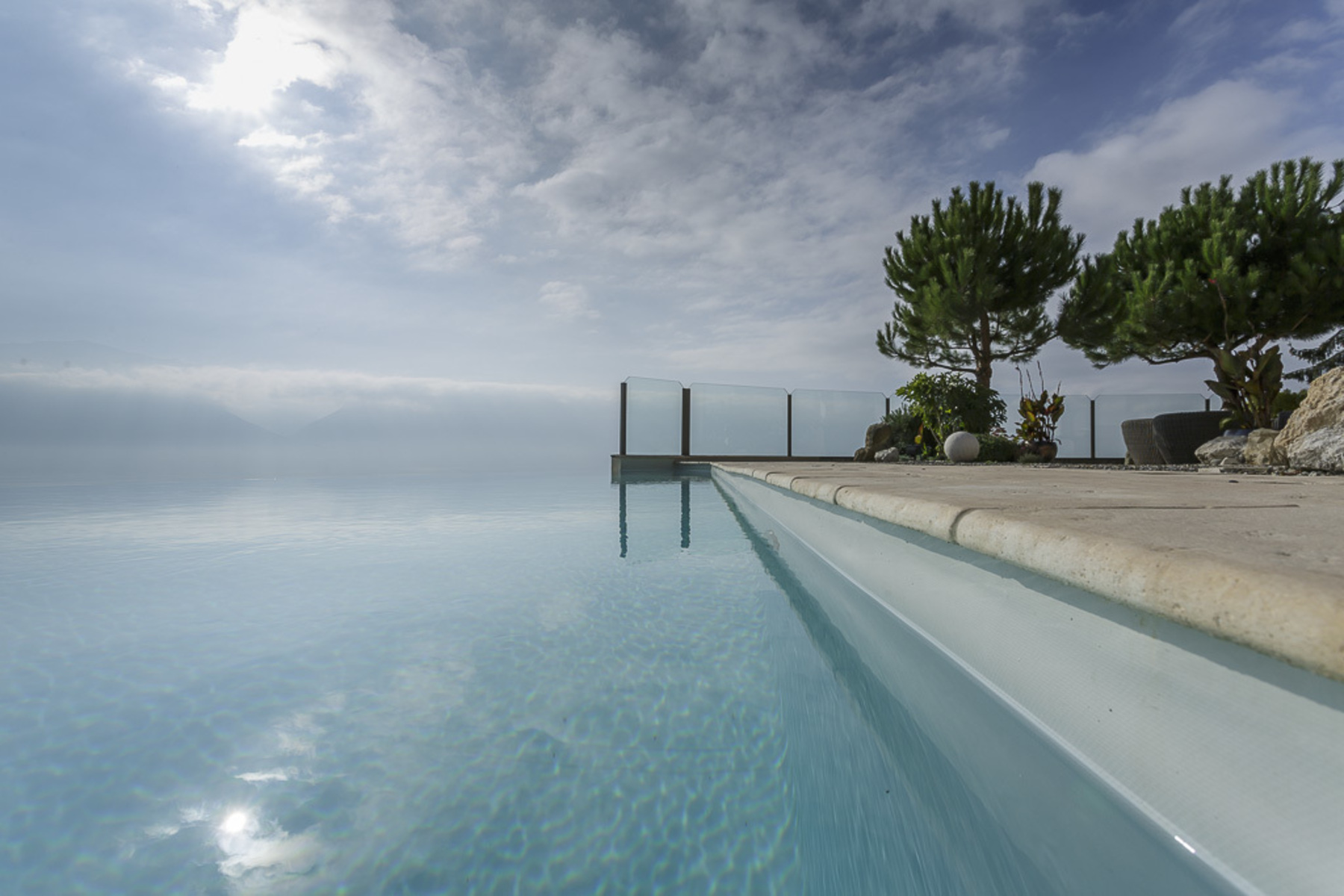sales property at Luxurious property with infinity pool Panoramic lake view