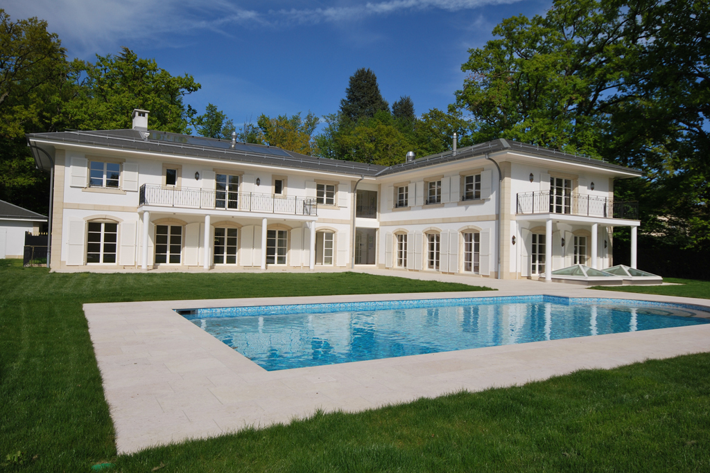 Property For Sale at Exceptional, brand-new mansion