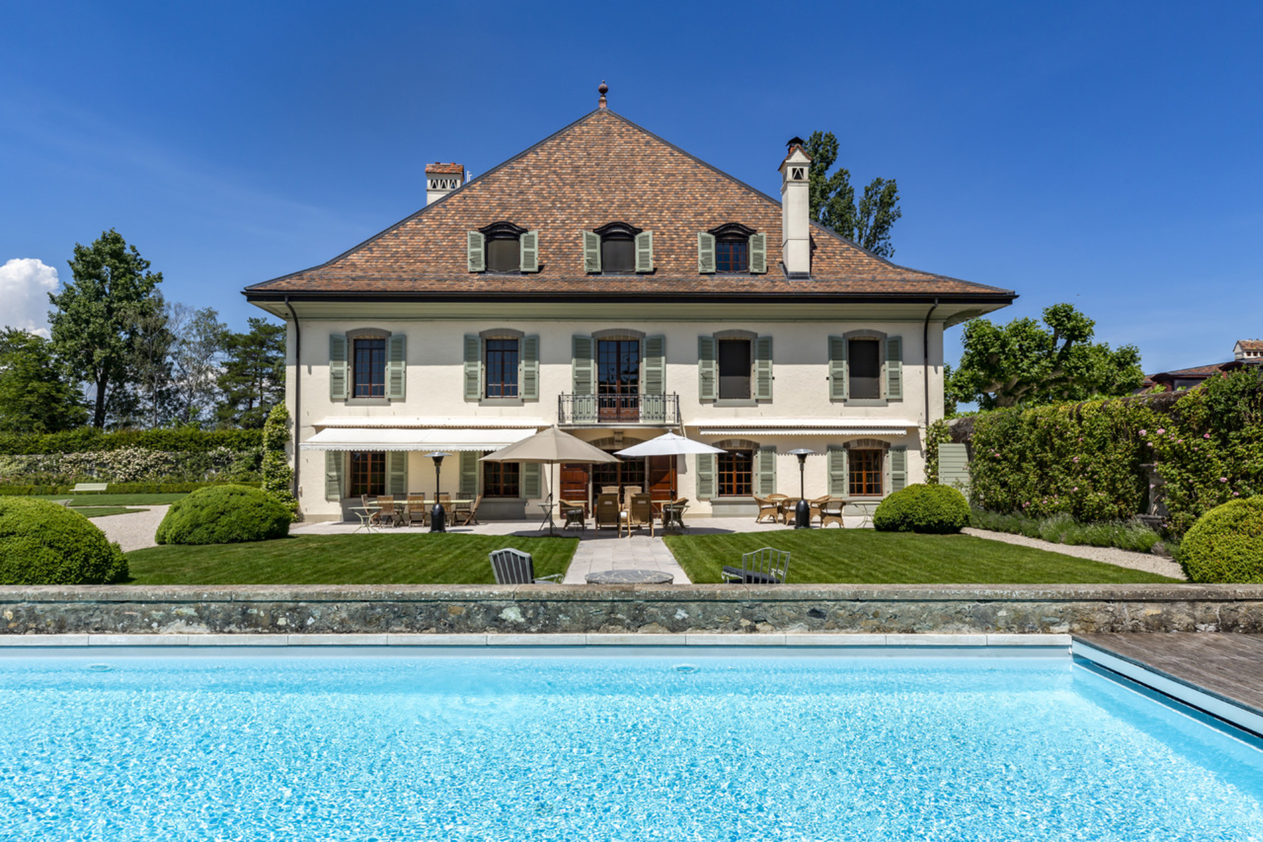 Additional photo for property listing at Royal Estate Merlinge Castle Gy Other Geneve, Geneva 1252 Switzerland