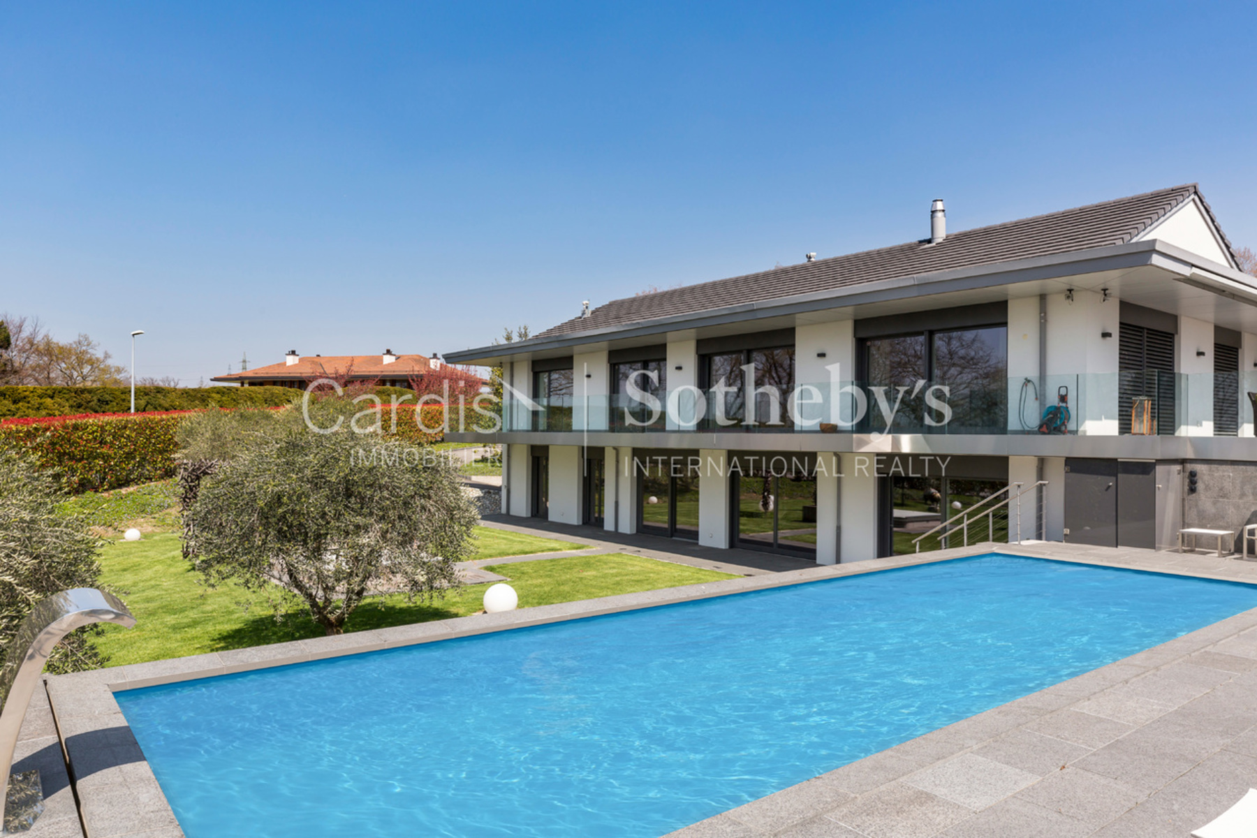 Single Family Homes 为 销售 在 Superb modern property with an exceptional living environment Jouxtens-Mézery Jouxtens-Mezery, 沃州 1008 瑞士