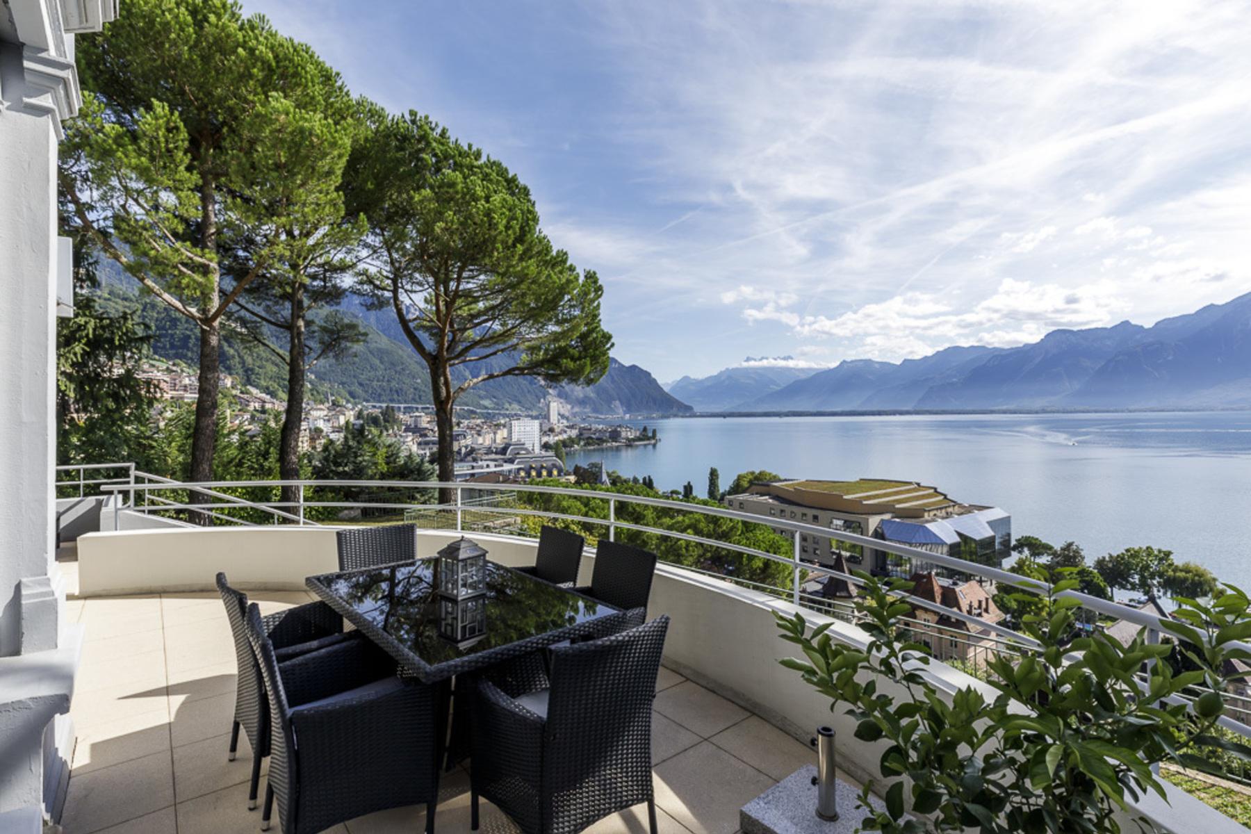 Copropriété pour l Vente à Magnificent apartment with spacious terrace and unobstructed views over the lake Montreux, Montreux, Vaud, 1820 Suisse
