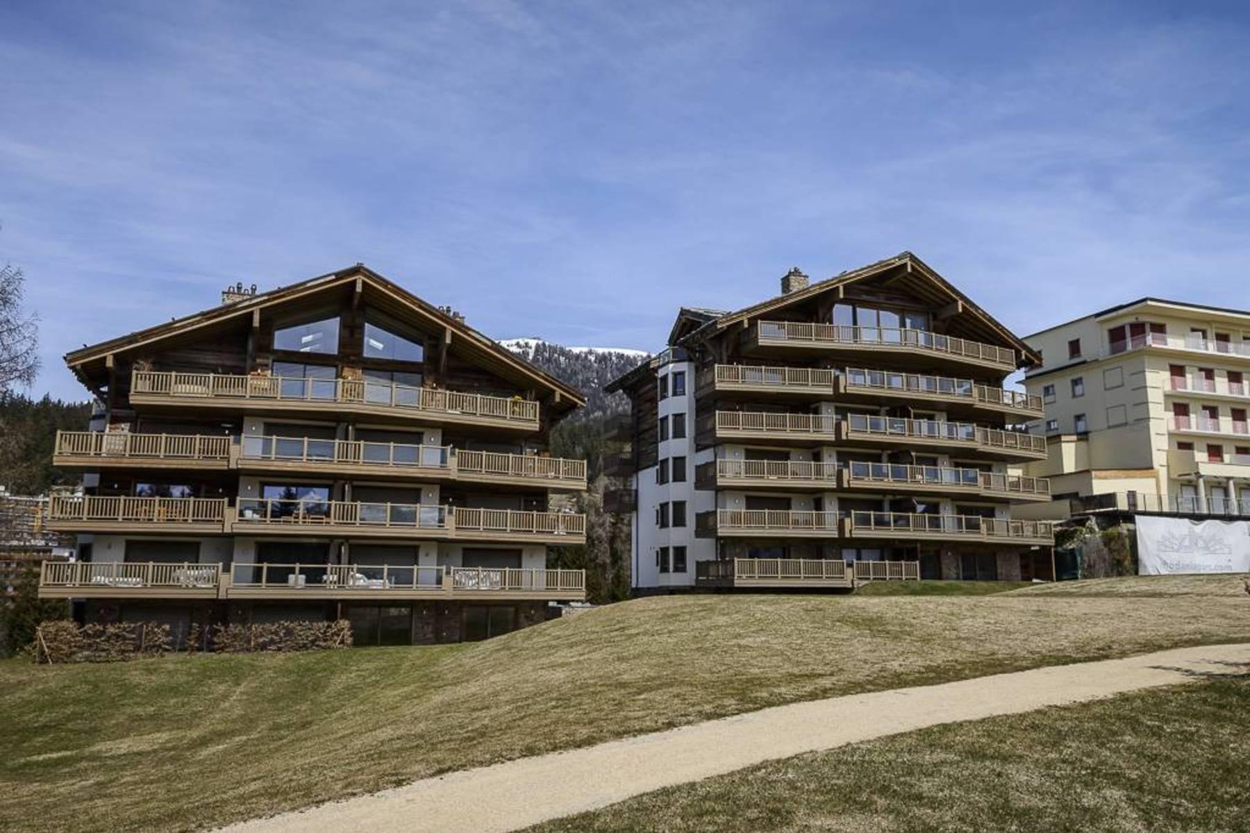 Dôi vì Bán tại Comterie, last floor in duplex 6, route des Mélèzes Crans, Valais, 3963 Thụy Sĩ
