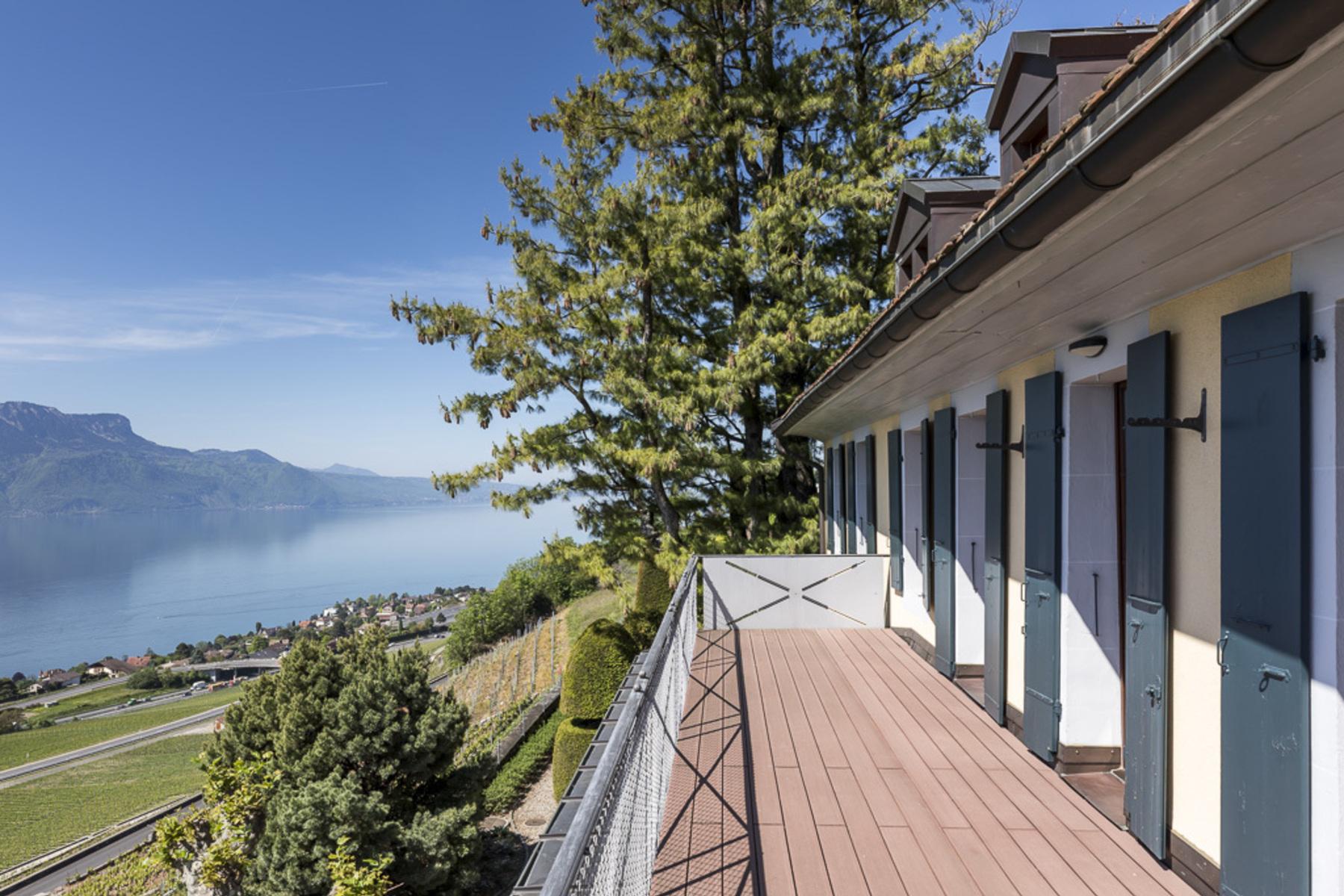 단독 가정 주택 용 매매 에 Rare property in the heart of Lavaux with spectacular lake view Jongny, Jongny, 바우드, 1805 스위스