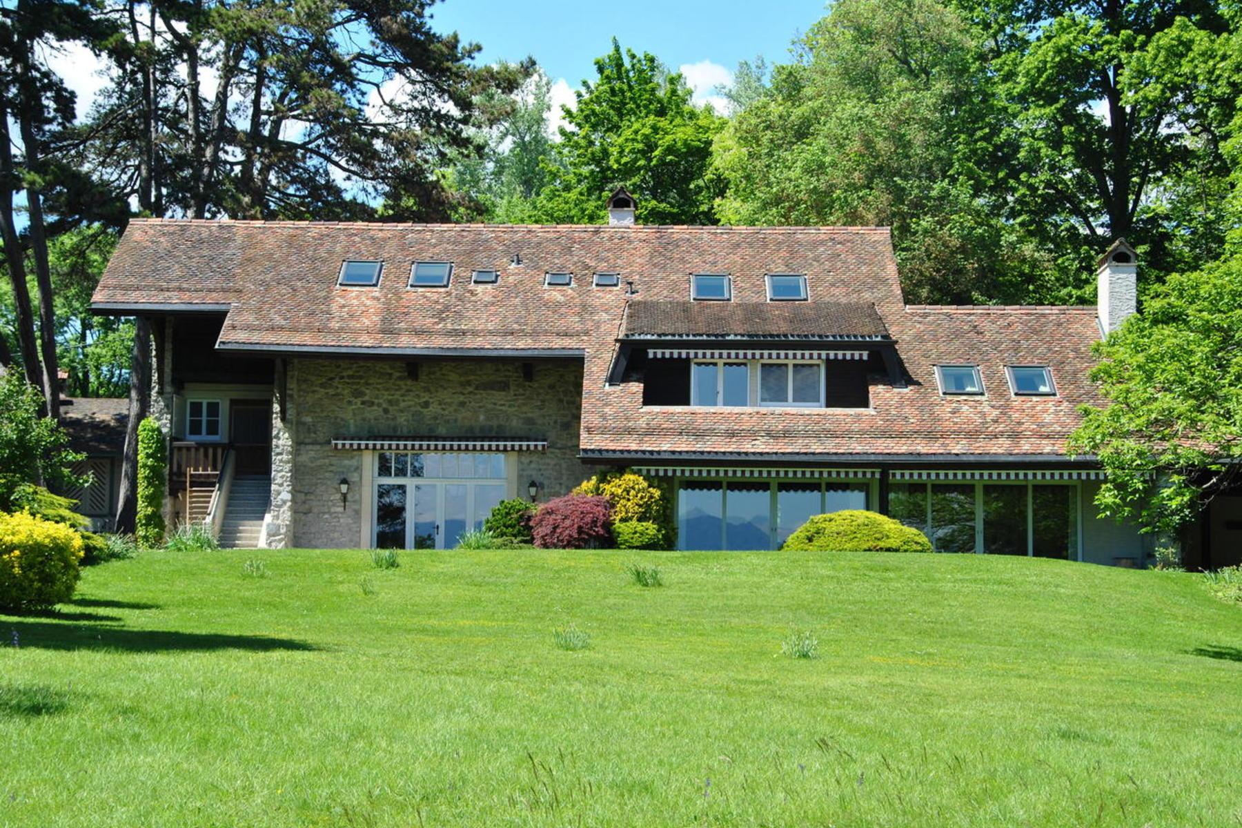 Casa Unifamiliar por un Venta en For sale, Single family house, 1298 Céligny, Réf 7388 Other Switzerland, Otras Áreas En Suiza, 1298 Suiza