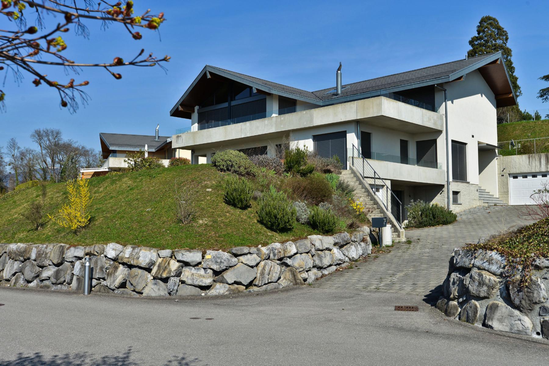 Casa Unifamiliar por un Venta en Exceptional villa with a living area of 450 sqm, unobstructed view of the lake St-Légier-La Chiésaz St Legier La Chiesaz, Vaud, 1806 Suiza