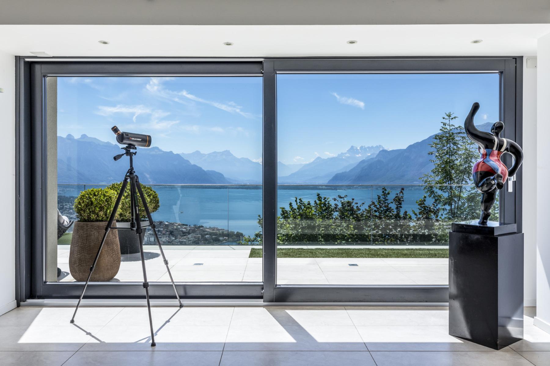 Maison unifamiliale pour l Vente à Panoramic view, ample space and contemporary design! Chardonne, Chardonne, Vaud, 1803 Suisse