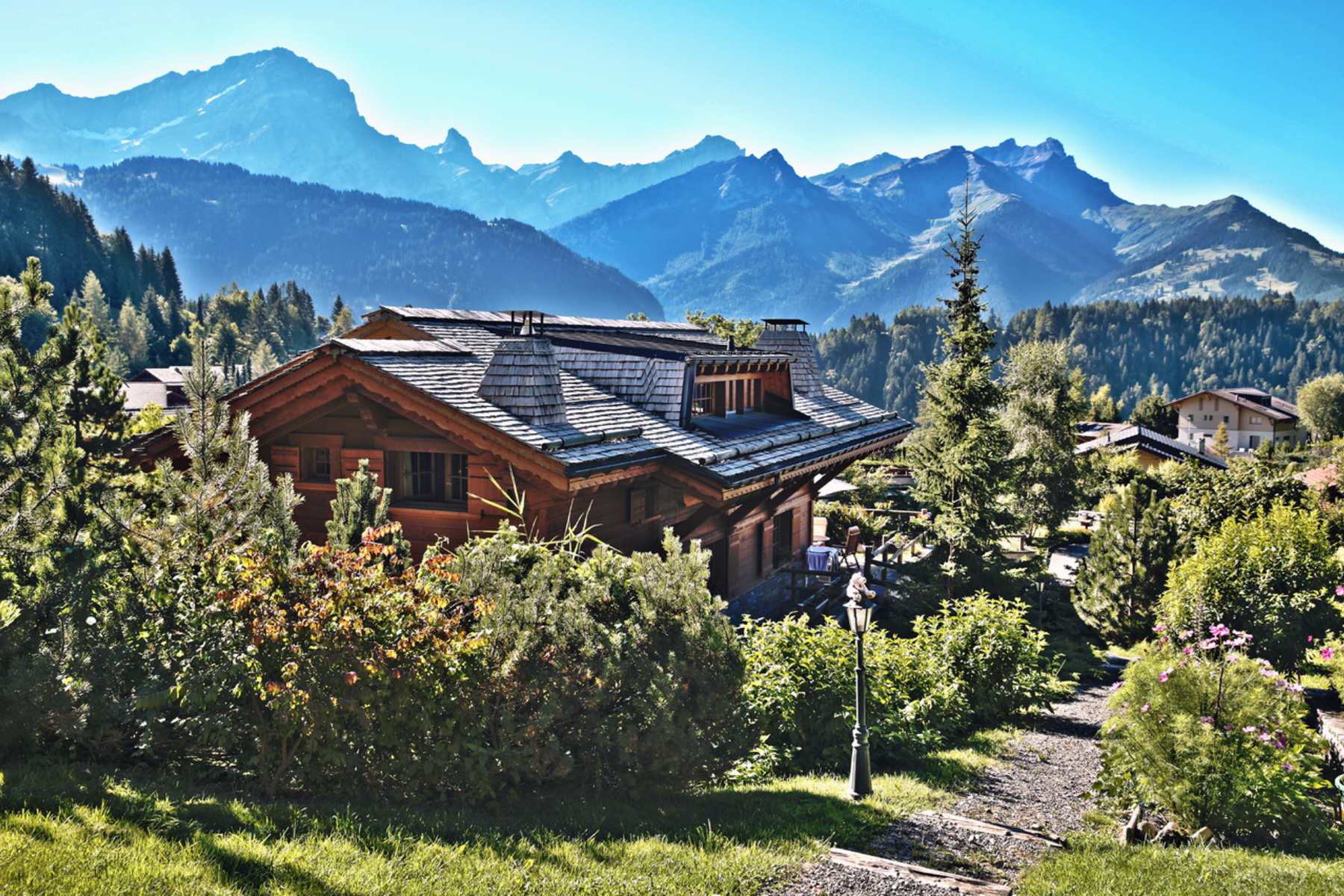 Single Family Home for Sale at Chalet Anouche Route des léchèieres 22 Villars-Sur-Ollon, Vaud 1884 Switzerland