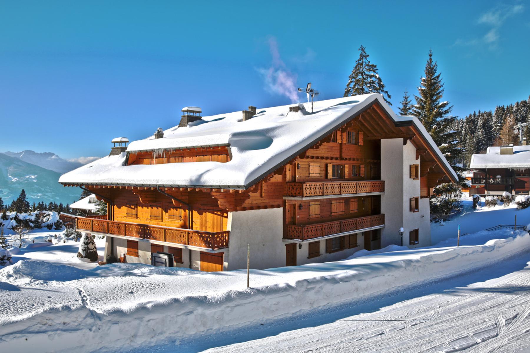 شقة بعمارة للـ Sale في Iris 8 Route de la Résidence Villars-Sur-Ollon, Vaud, 1884 Switzerland