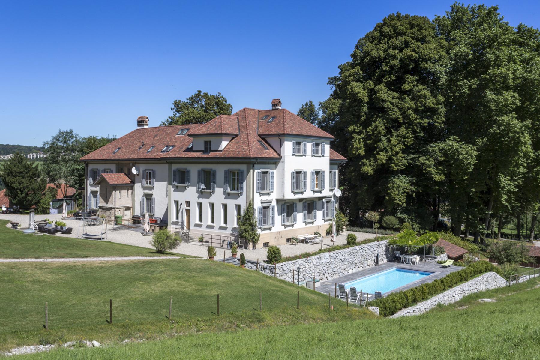 独户住宅 为 销售 在 Magnificent mansion in peaceful surroundings Hauterive, Posieux, 弗里堡, 1725 瑞士