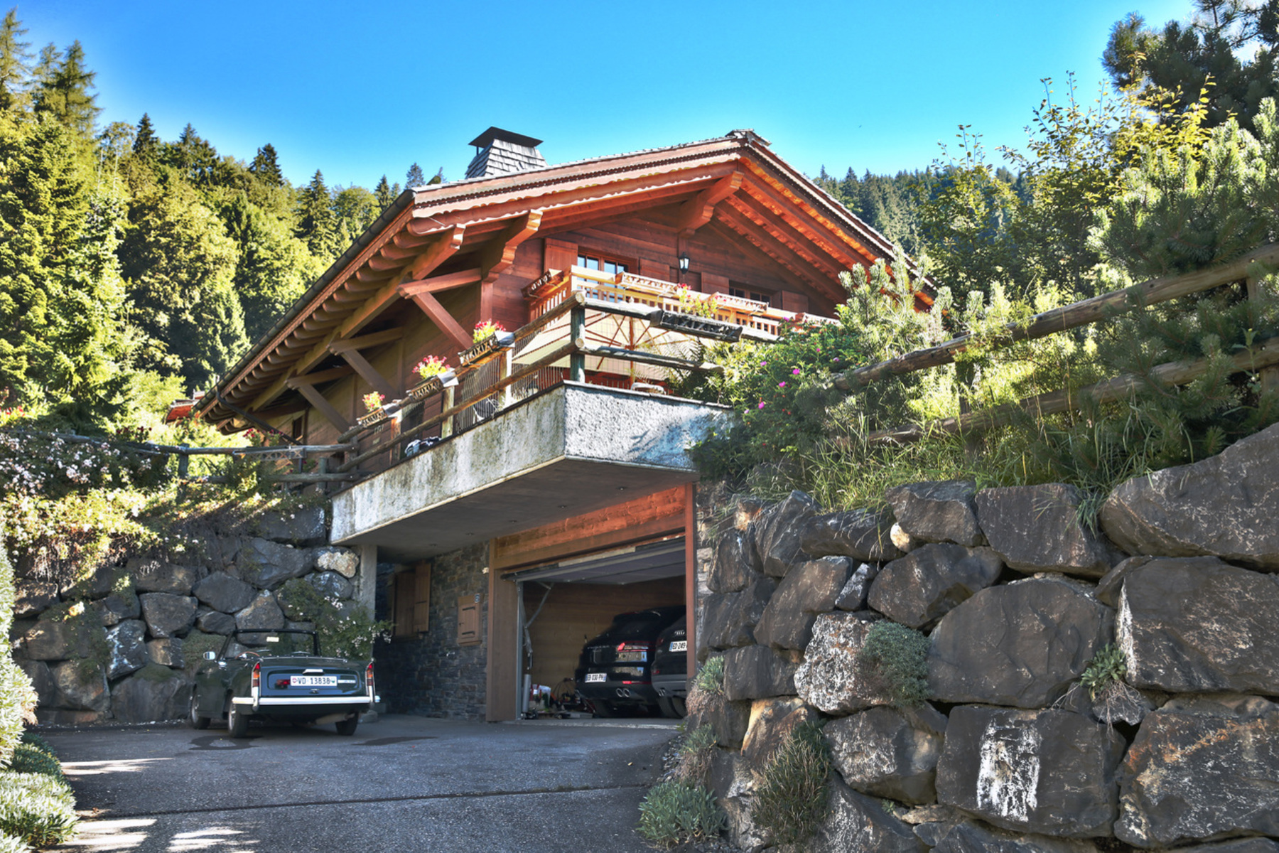 Additional photo for property listing at Chalet Anouche Route des léchèieres 22 Villars-Sur-Ollon, Vaud 1884 Switzerland