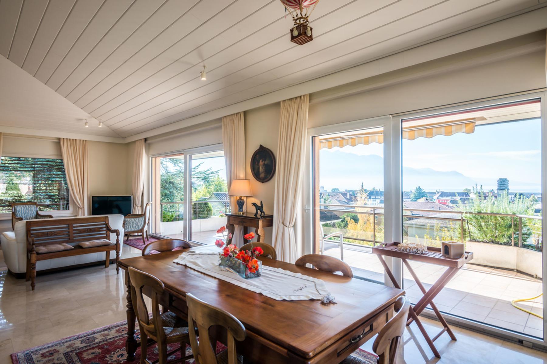 شقة للـ Sale في Magnificent penthouse apartment in the heart of La Tour-de-Peilz La Tour-De-Peilz, Vaud, 1814 Switzerland