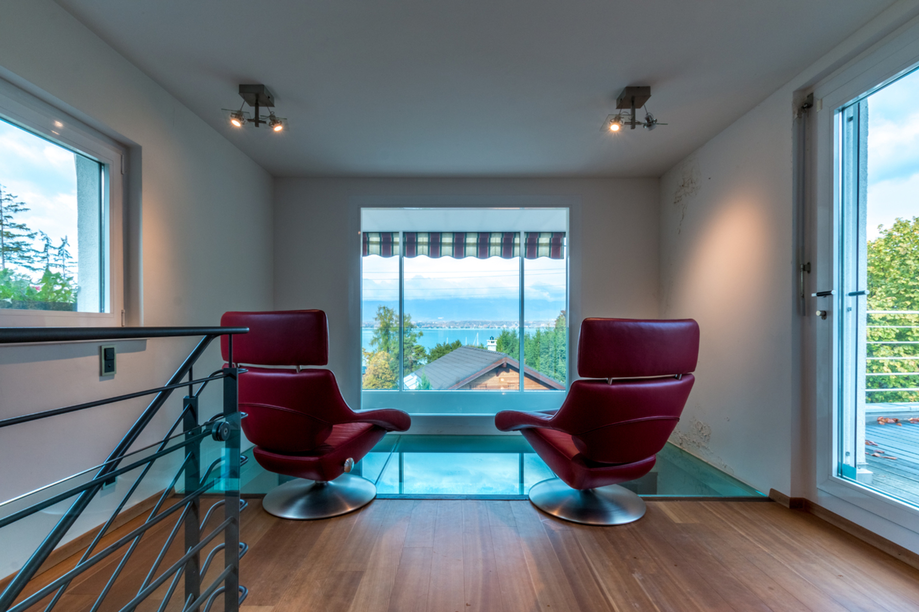 Additional photo for property listing at Attractive contemporary property La Belotte Cologny, Geneva 1223 Switzerland
