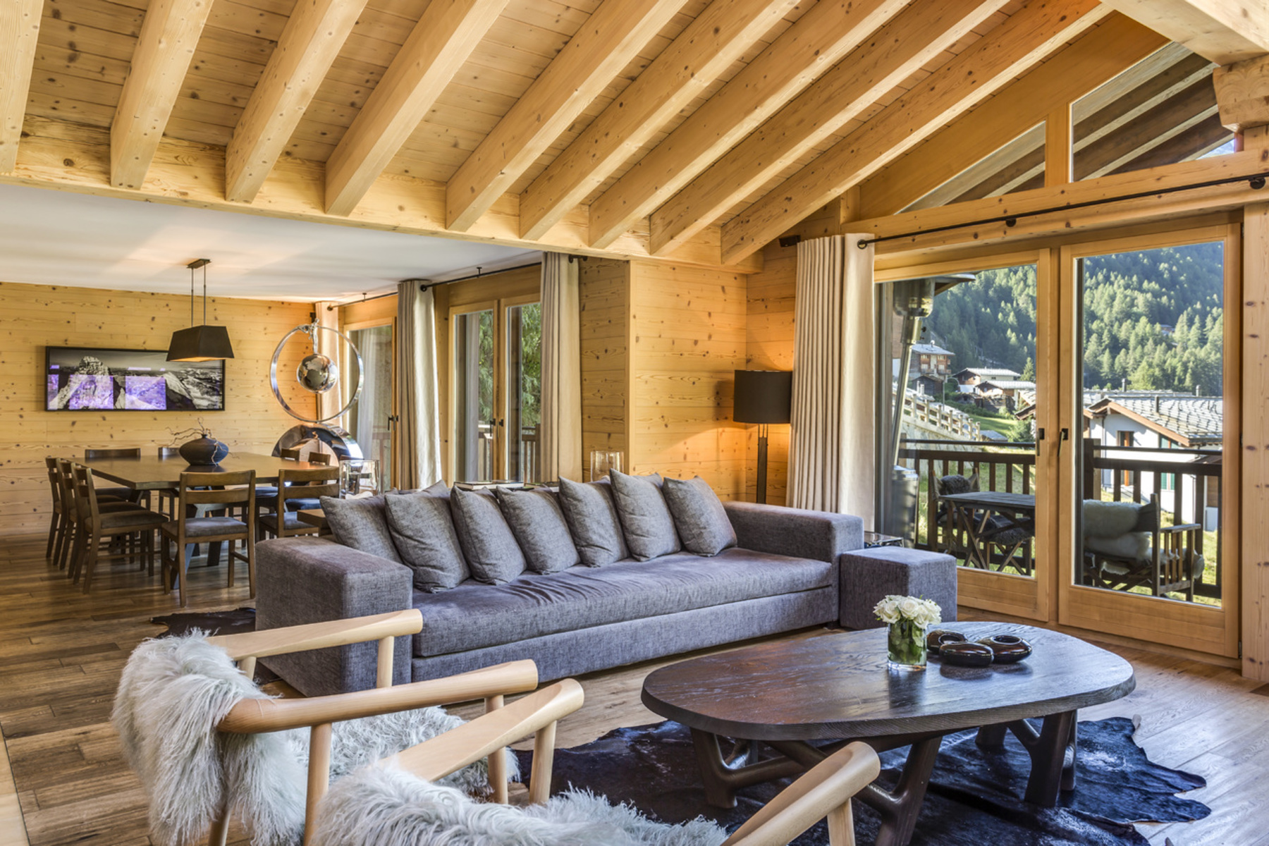 Single Family Homes for Sale at Free standing high-class chalet on 4 floors Zermatt, Valais 3920 Switzerland
