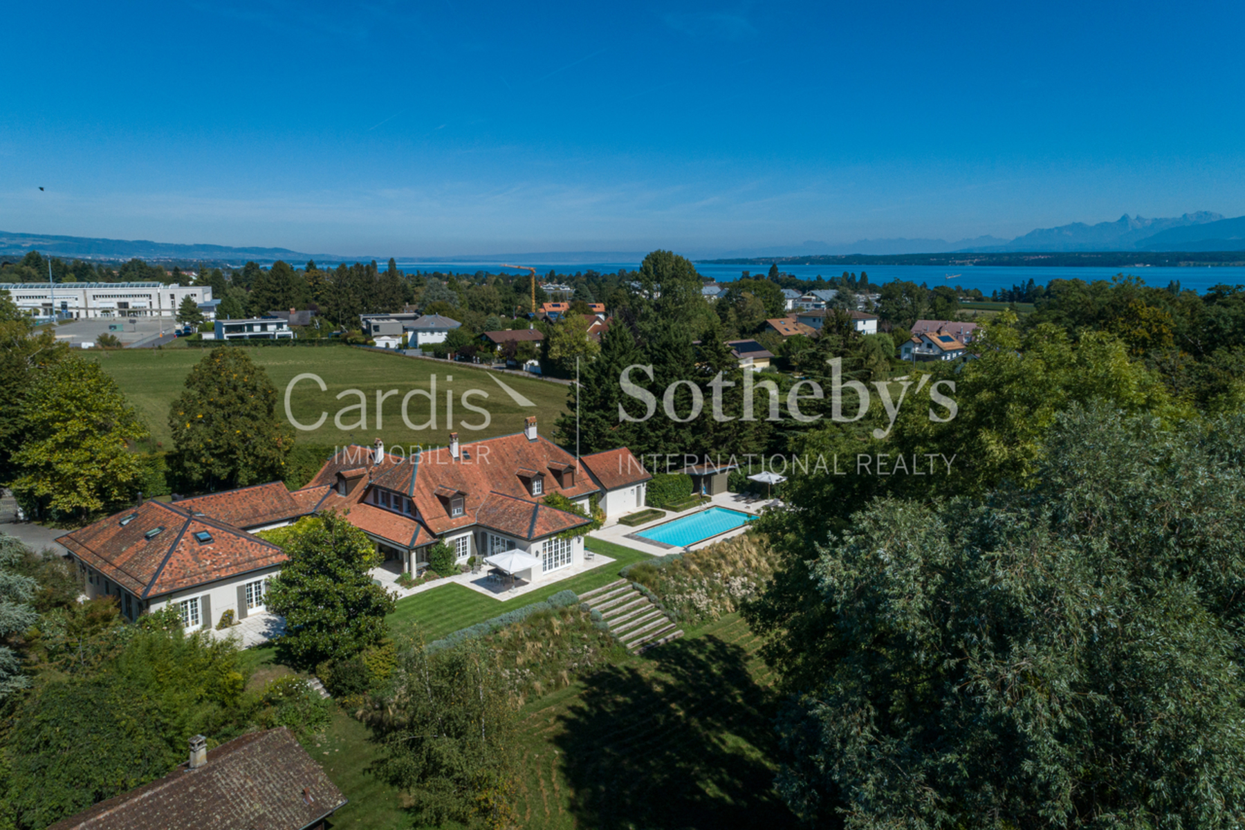 Single Family Homes のために 売買 アット Character house at the gates of Geneva Coppet Coppet, ヴォー 1296 スイス