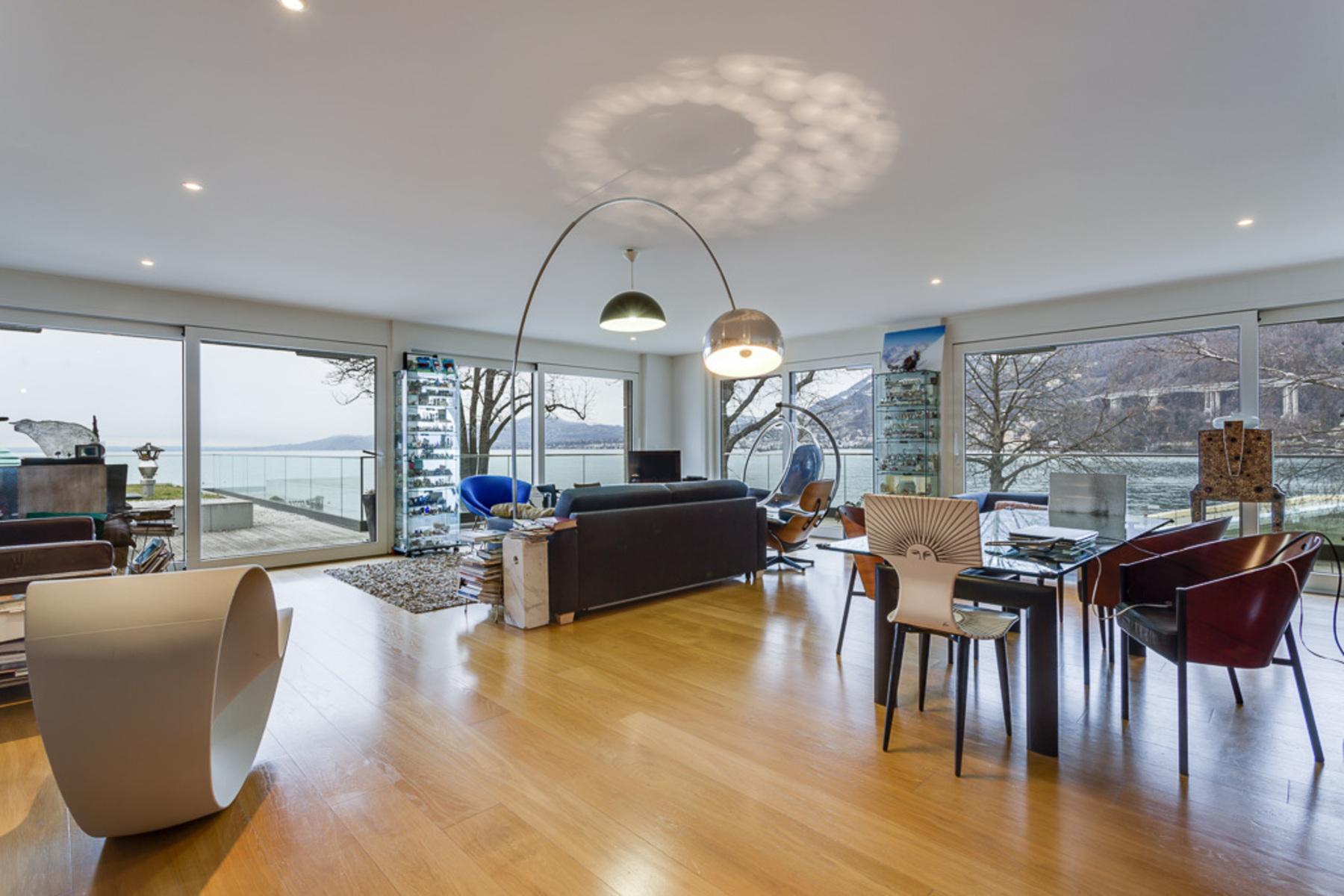 Appartement en copropriété pour l Vente à Splendid waterfront duplex apartment Villeneuve Villeneuve Vd, Vaud, 1844 Suisse