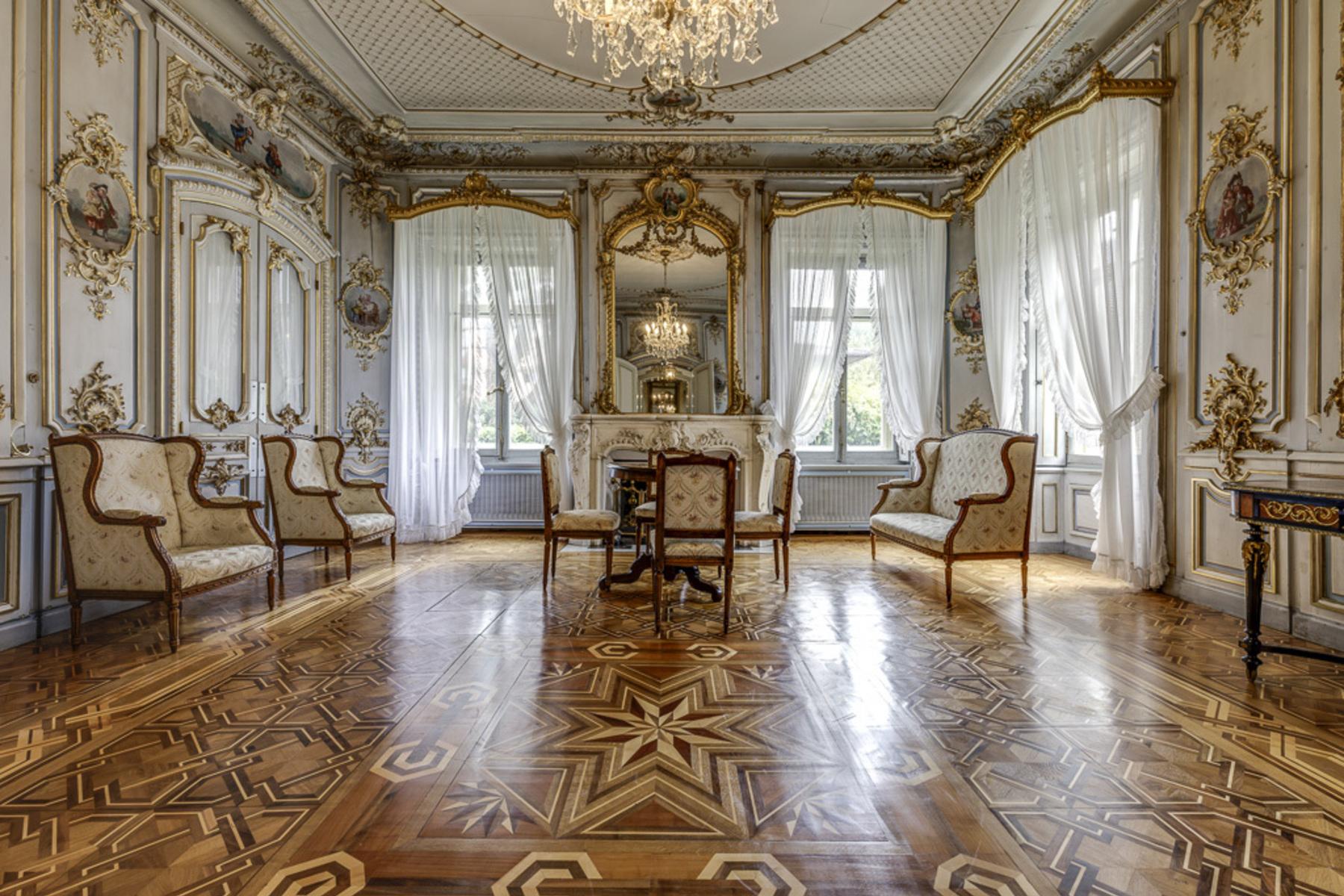 Maison unifamiliale pour l Vente à Superb mansion with an exceptional 5,700 m³ of volume Saxon, Other Switzerland, Autres Régions De La Suisse, 1907 Suisse