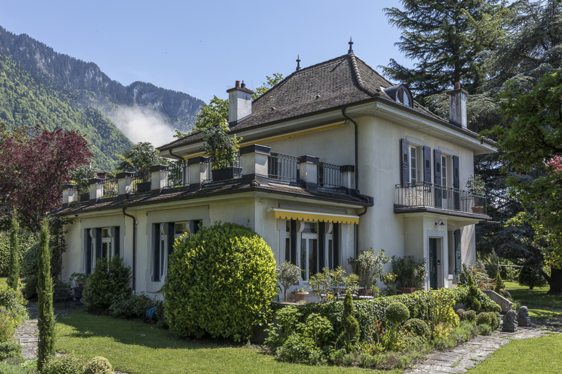 Maison unifamiliale pour l à vendre à Sumptuous mansion with undeniable charm, just a stone's throw from lake Villeneuve, Villeneuve Vd, Vaud, 1844 Suisse