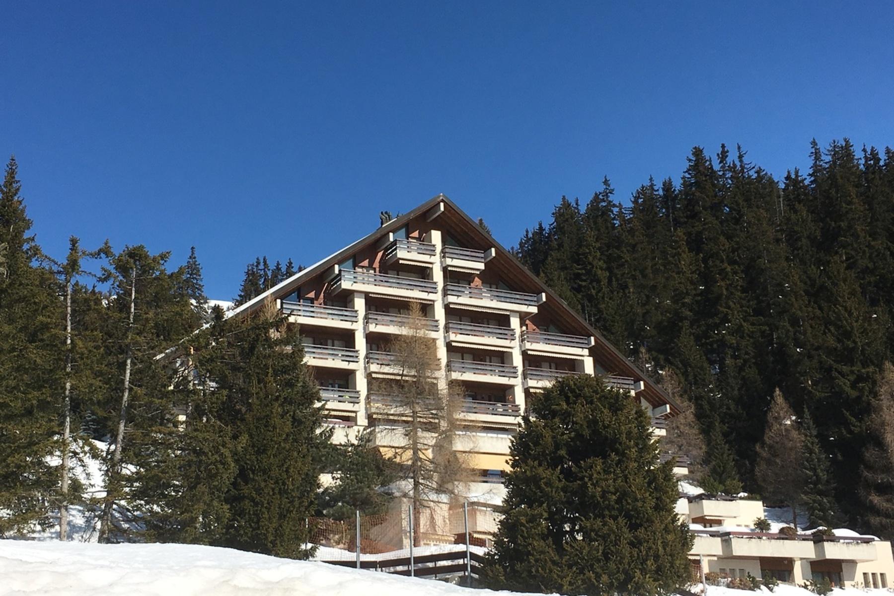 Apartamento para Venda às Arnouvaz, 5 rooms in triplex Rue du Zotzet Crans, Valais, 3963 Suíça
