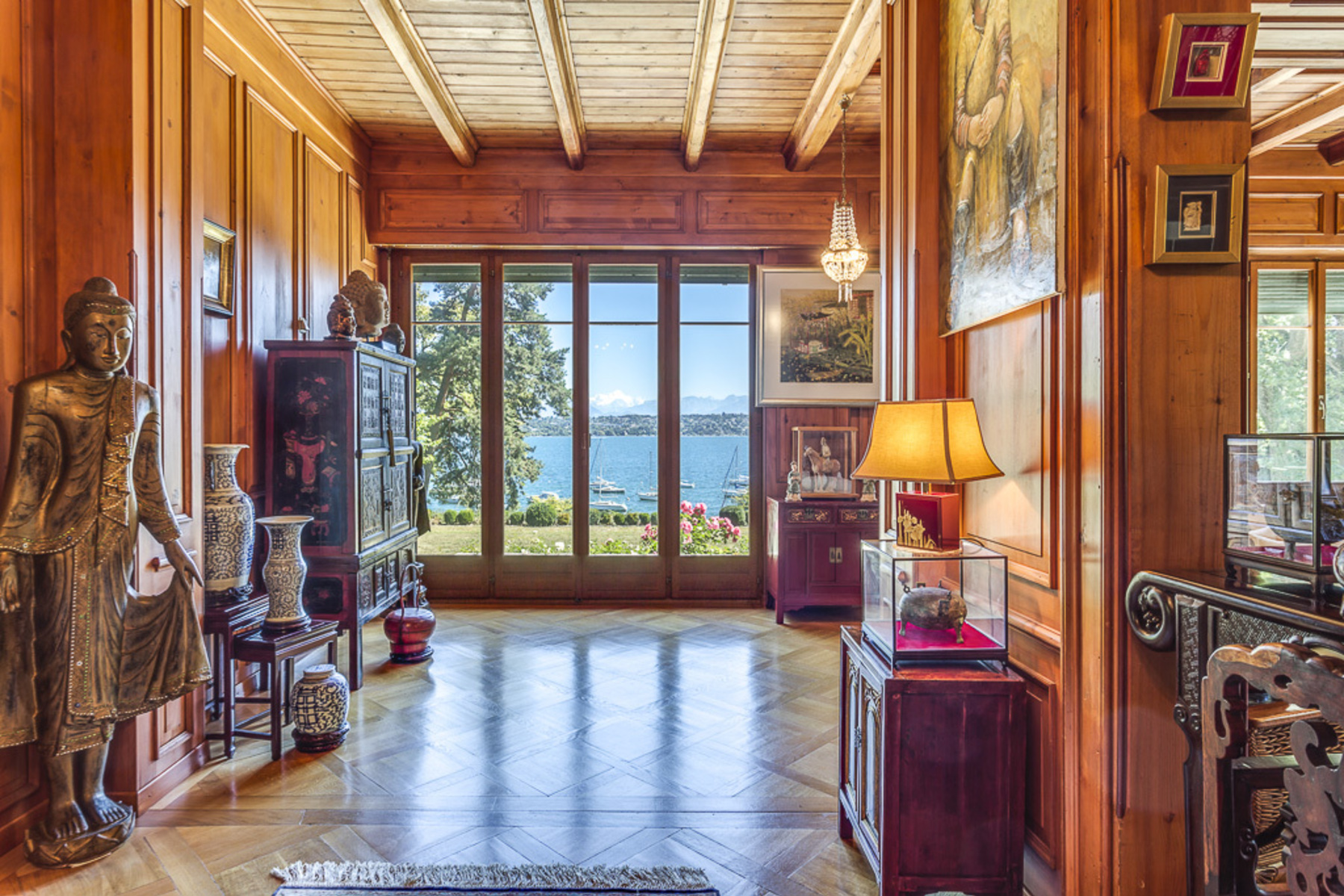 Single Family Home for Active at Stunning lake views right on the waterfront! Genthod Genthod, Geneva 1294 Switzerland