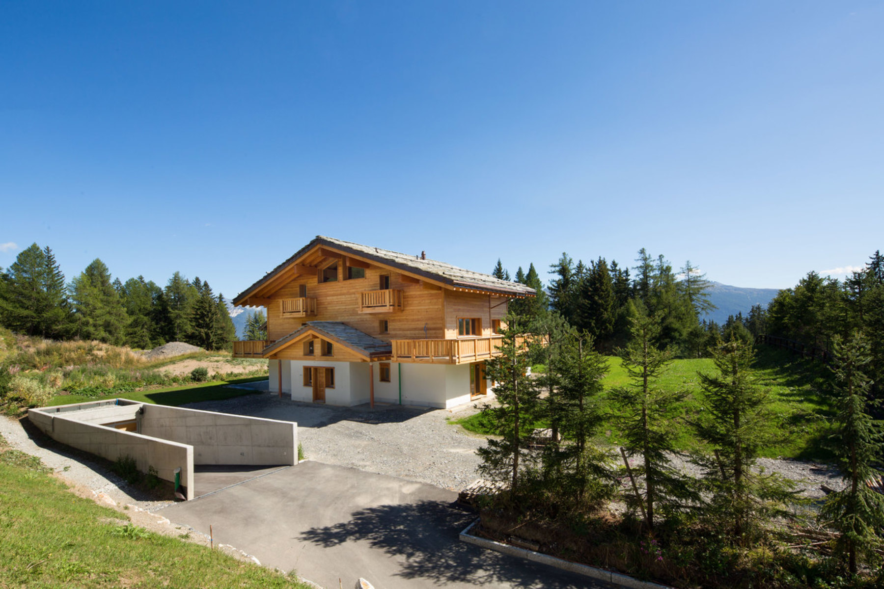 Maison unifamiliale pour l à vendre à Magnificent new chalet in a rural setting in Plans-Mayens Crans-Montana, Crans, Valais, 3963 Suisse