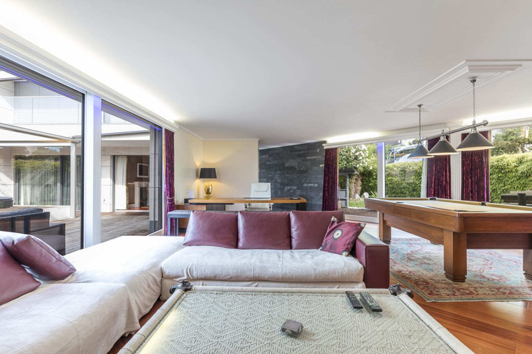 Piso por un Venta en Spacious 4.5-room apartment a stone's throw from the lake Villeneuve, Villeneuve Vd, Vaud, 1844 Suiza