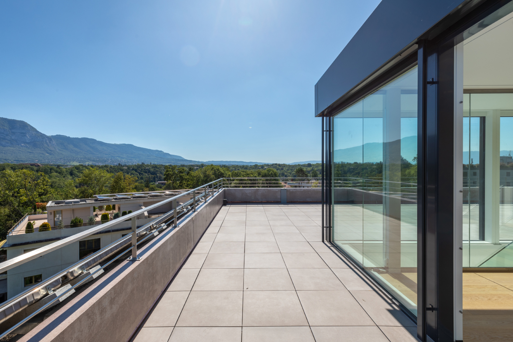 Apartments のために 売買 アット Splendid new penthouse in a quiet area Genève ジュネーブ, ジュネーブ 1206 スイス