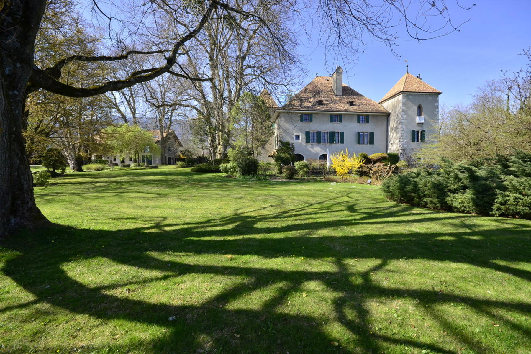 Single Family Home for Sale at Magnificent 15th century chateau Proche de Genève Gingins, Vaud, 1276 Switzerland