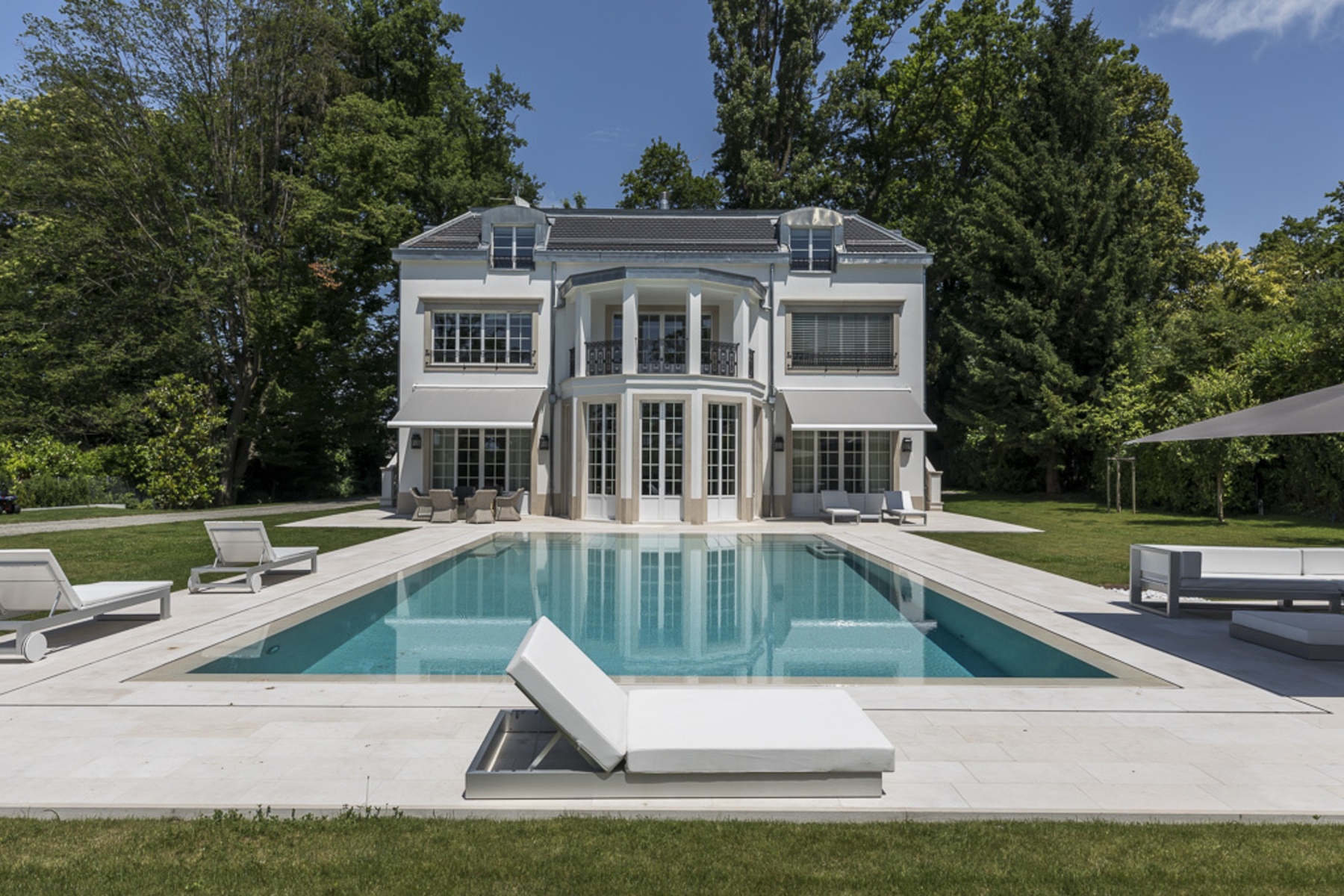 Single Family Home for Active at Charismatic mansion Collonge-Bellerive Collonge-Bellerive, Geneva 1245 Switzerland