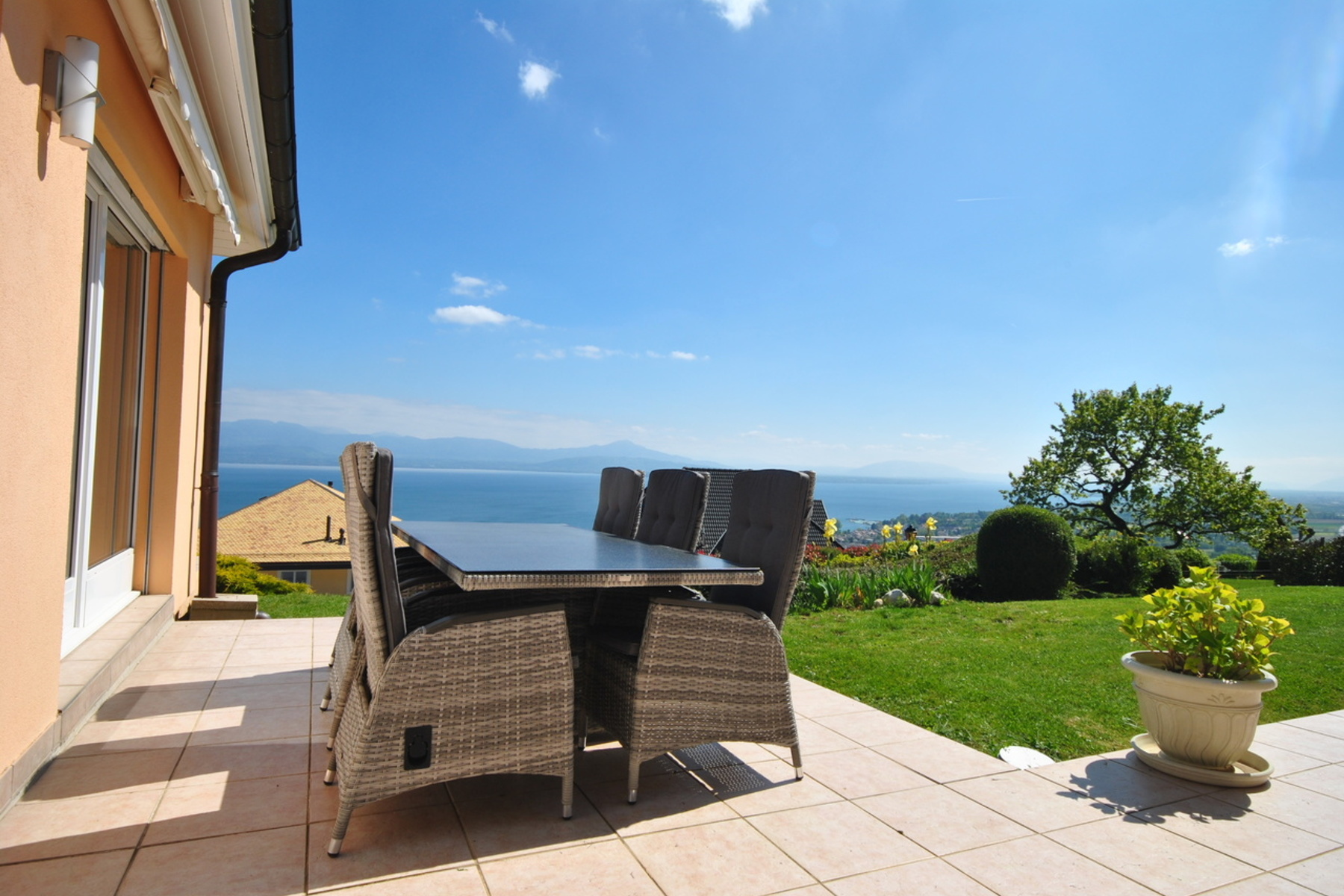 Single Family Home for Sale at Breathtaking panoramic views Perroy Other Switzerland, Other Areas In Switzerland, 1166 Switzerland