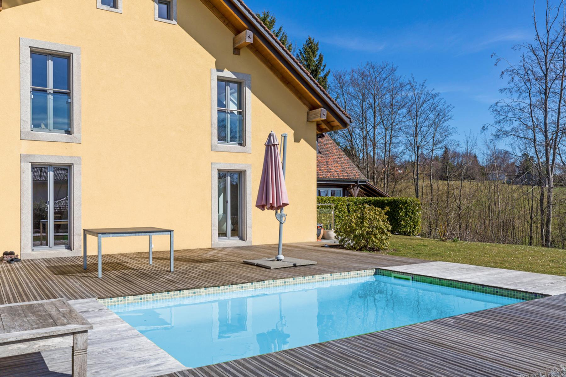 Частный односемейный дом для того Продажа на Elegant country house with 8.5 rooms on the edge of Lausanne Epalinges, Epalinges, Во, 1066 Швейцария