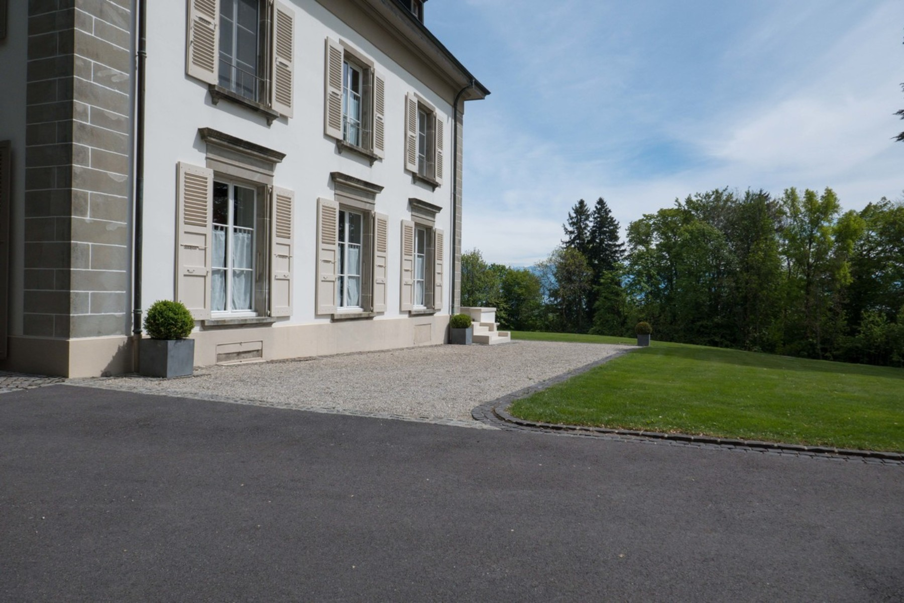 Single Family Homes for Sale at Mansion surrounded by a park Rolle Rolle, Vaud 1180 Switzerland