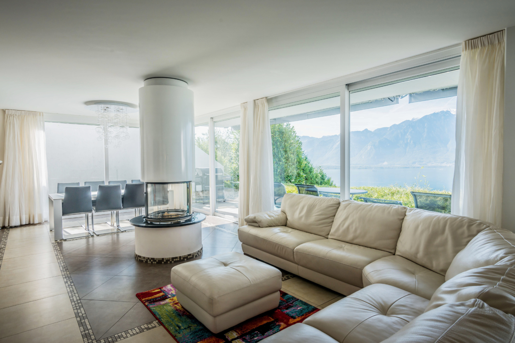 Duplex for Sale at Magnificent 5.5 room apartment with panoramic views over the lake Montreux Montreux, Vaud 1820 Switzerland