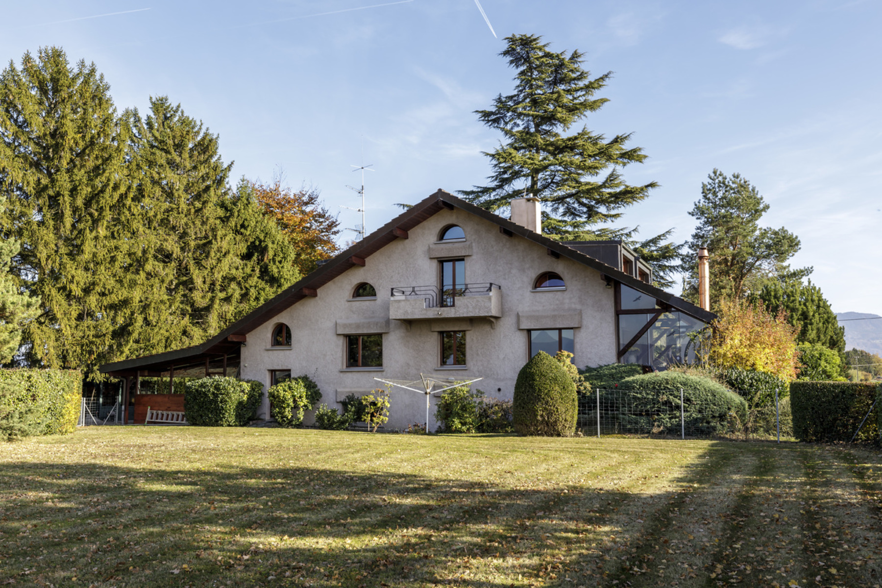 Single Family Home for Sale at Stunning two-villa property with panoramic views of the Jura. Anières Anieres, Geneva 1247 Switzerland