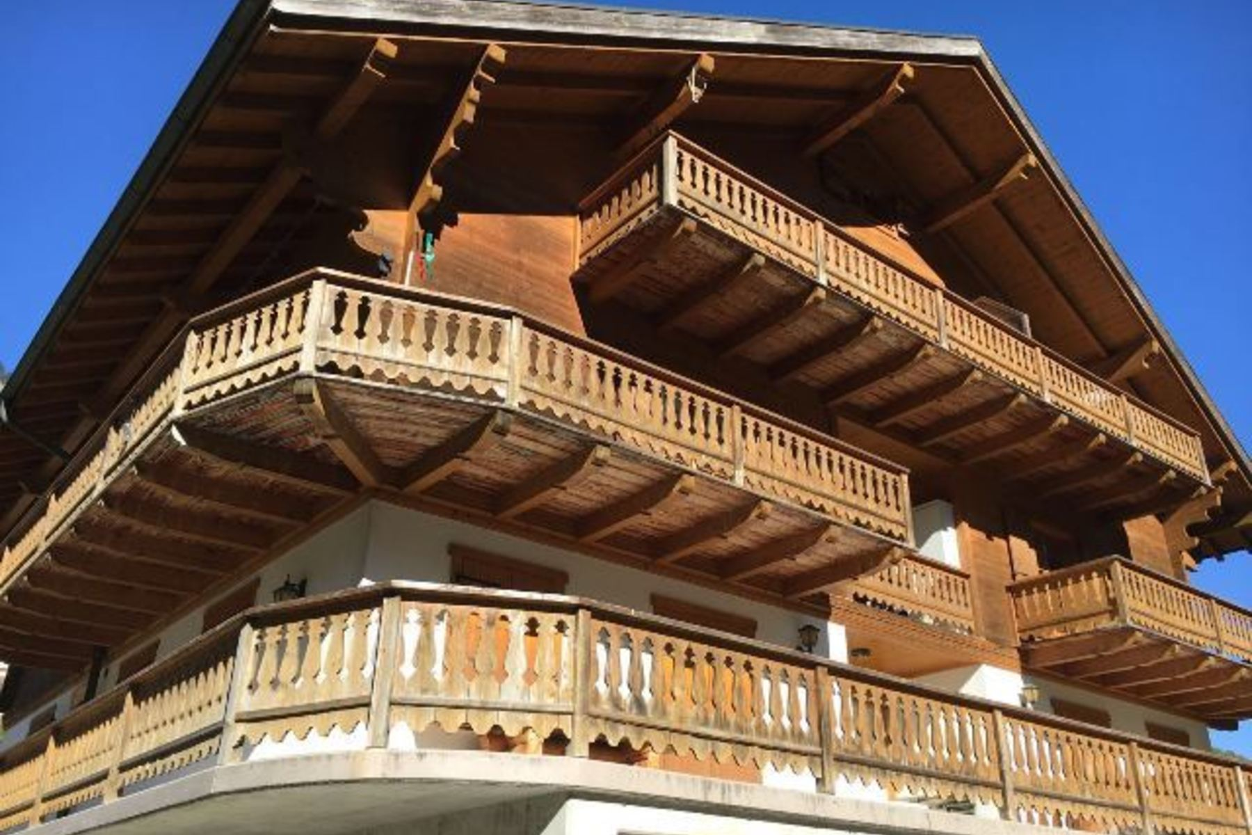 Apartment for Sale at Charming 4.5 rooms in Champéry - Porte du Soleil Champery, Valais, 1874 Switzerland