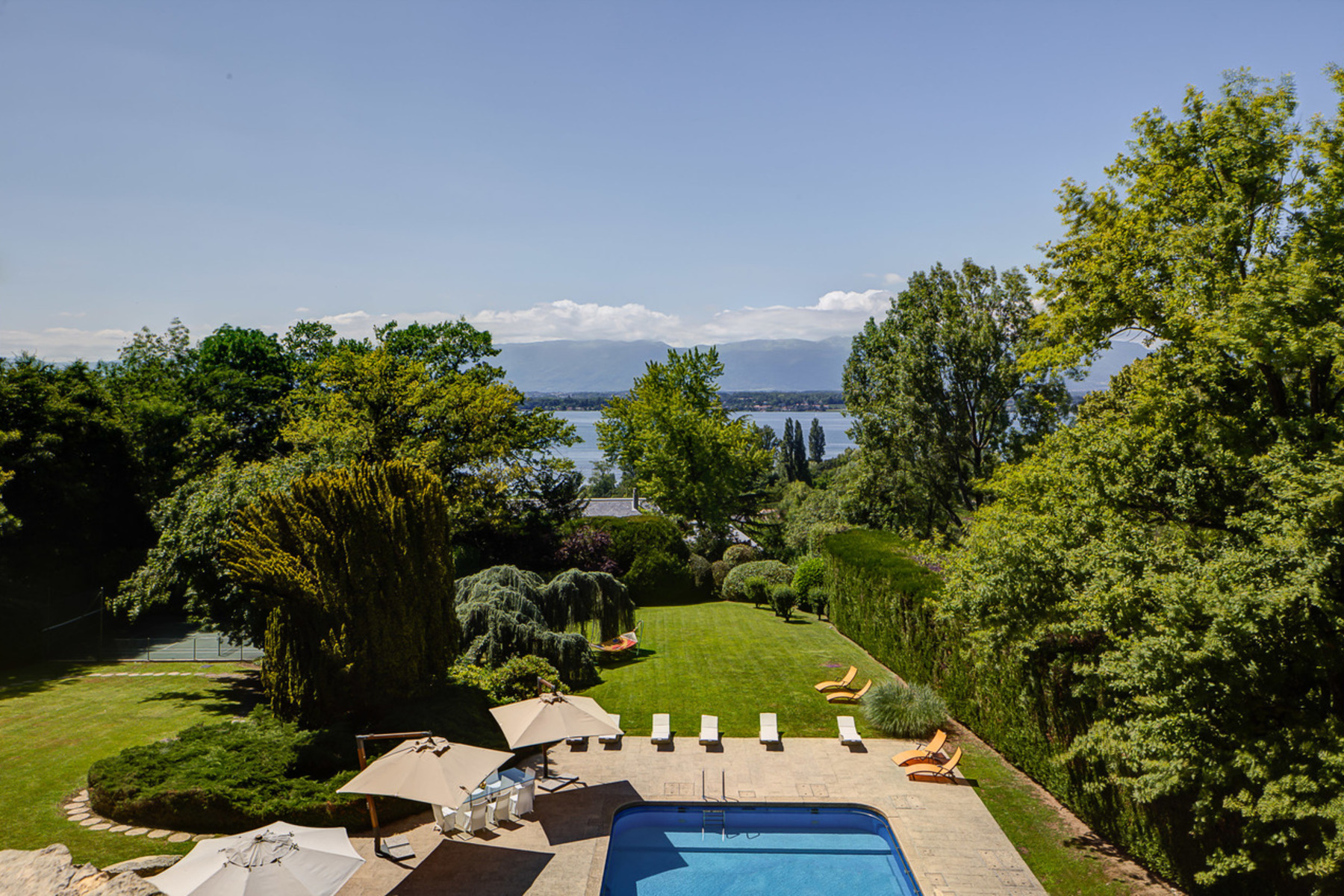 Casa Unifamiliar por un Venta en Superb property with view over the lake Vésenaz, Vesenaz, Geneve, 1222 Suiza