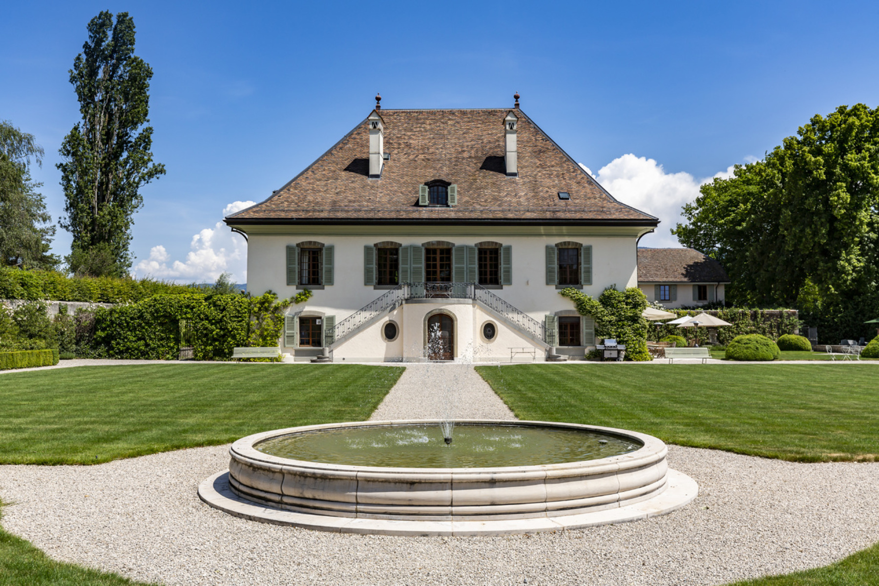 Farm and Ranch Properties for Active at Royal Estate Merlinge Castle Gy Other Geneve, Geneva 1252 Switzerland