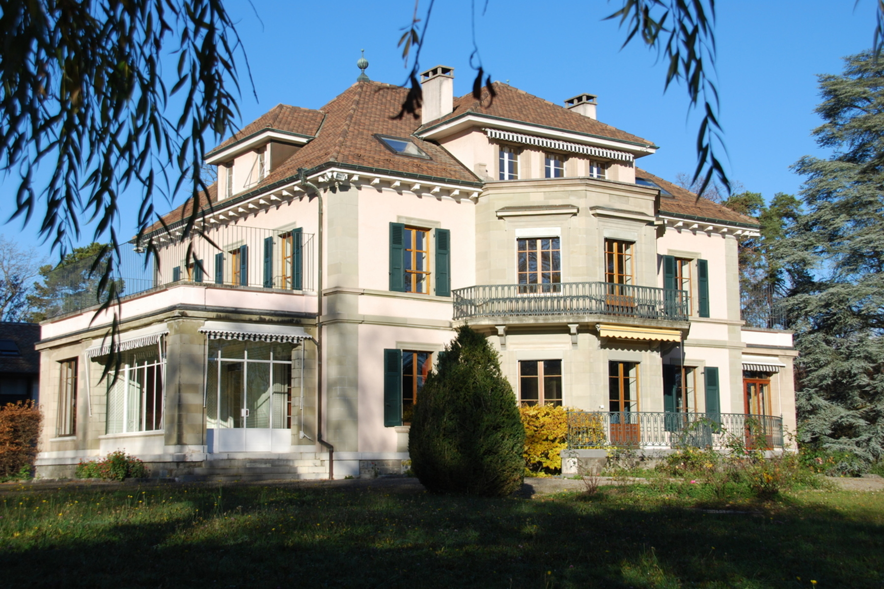 Single Family Home for Sale at Stunning mansion Chambésy Chambesy, Geneva, 1292 Switzerland