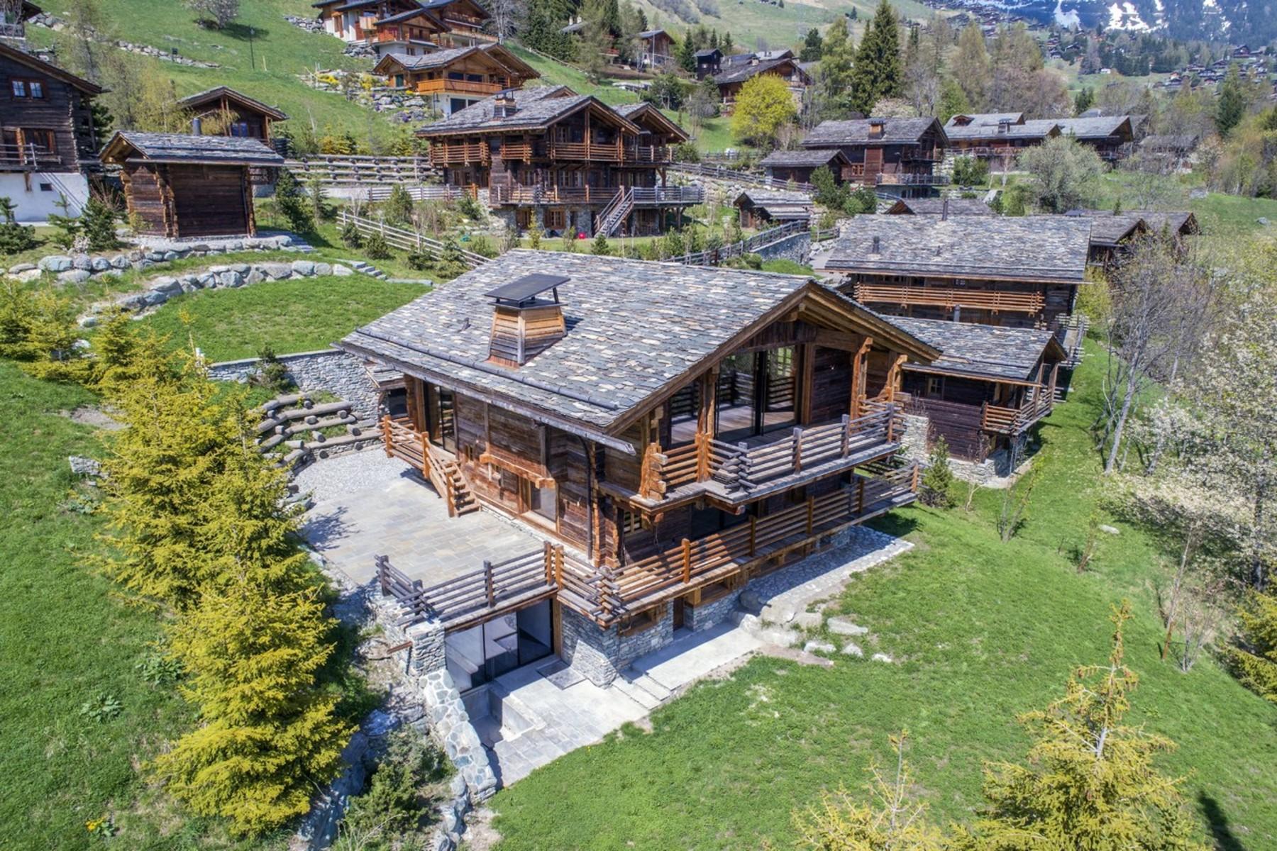 Single Family Homes por un Venta en Chalet PATIER Verbier Verbier, Valais 1936 Suiza