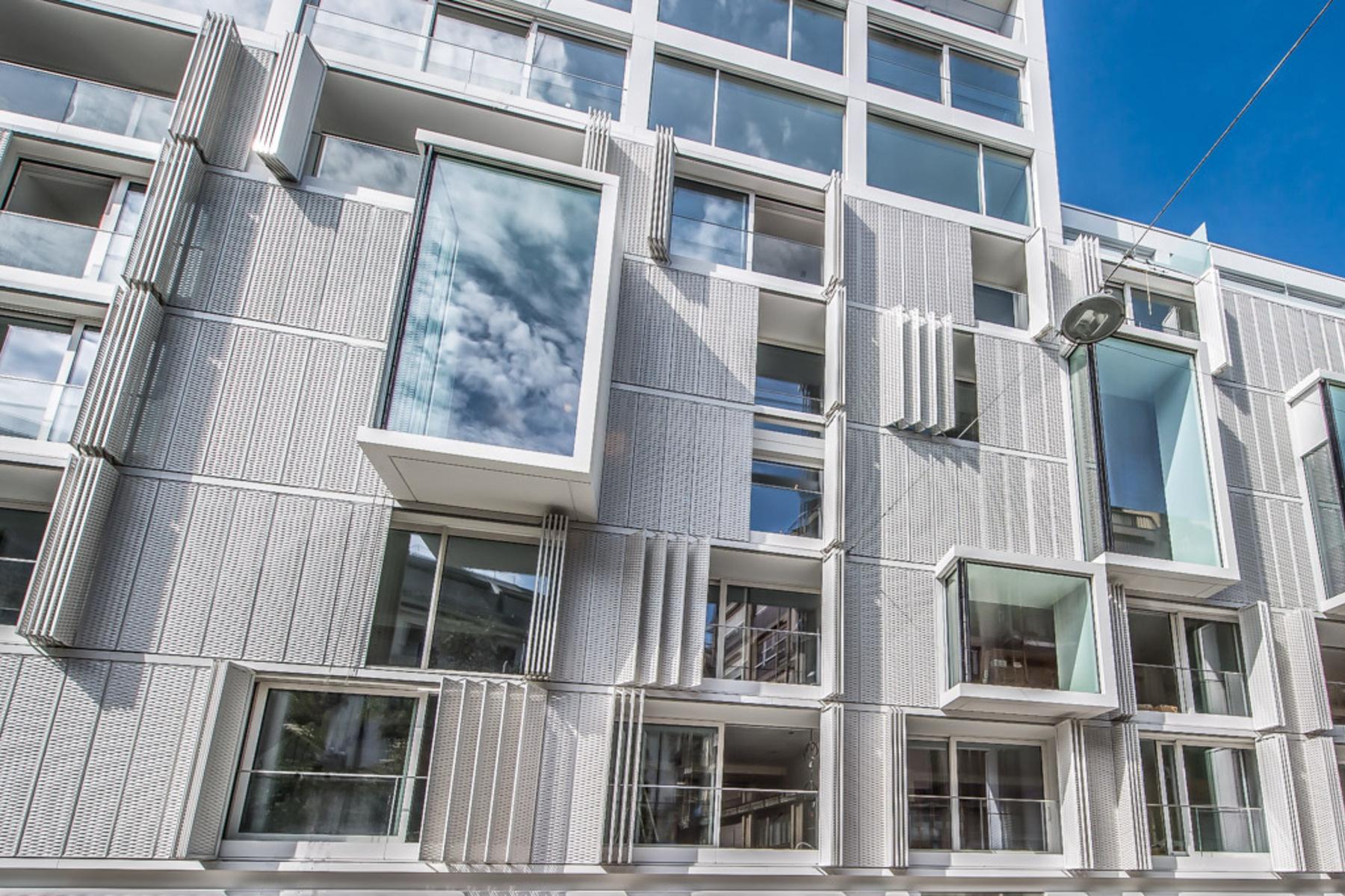 Duplex for Sale at Contemporary duplex located in a prestigious residence at the lake Genève Geneva, Geneva, 1201 Switzerland