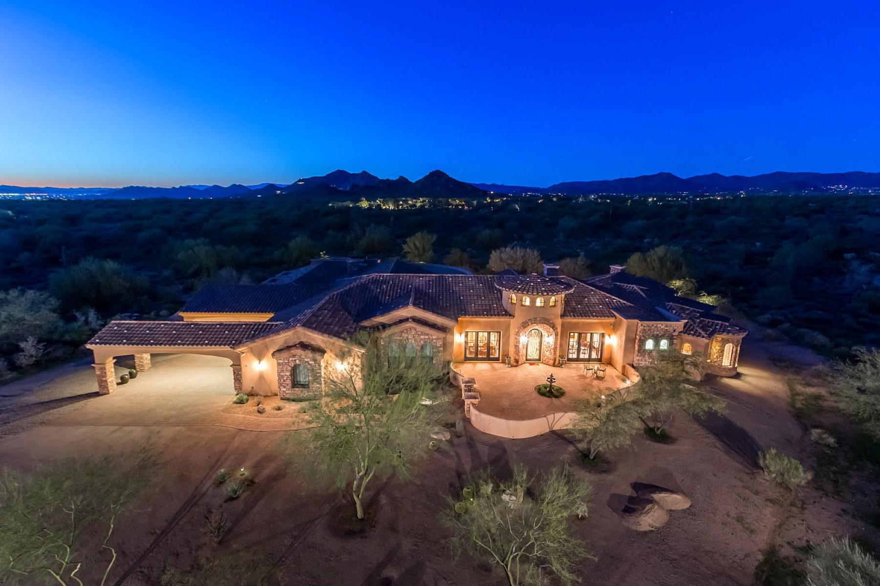 단독 가정 주택 용 매매 에 Gorgeous custom home in Pinnacle Peak Ranchos 8024 E Lone Mountain Rd Scottsdale, 아리조나, 85266 미국
