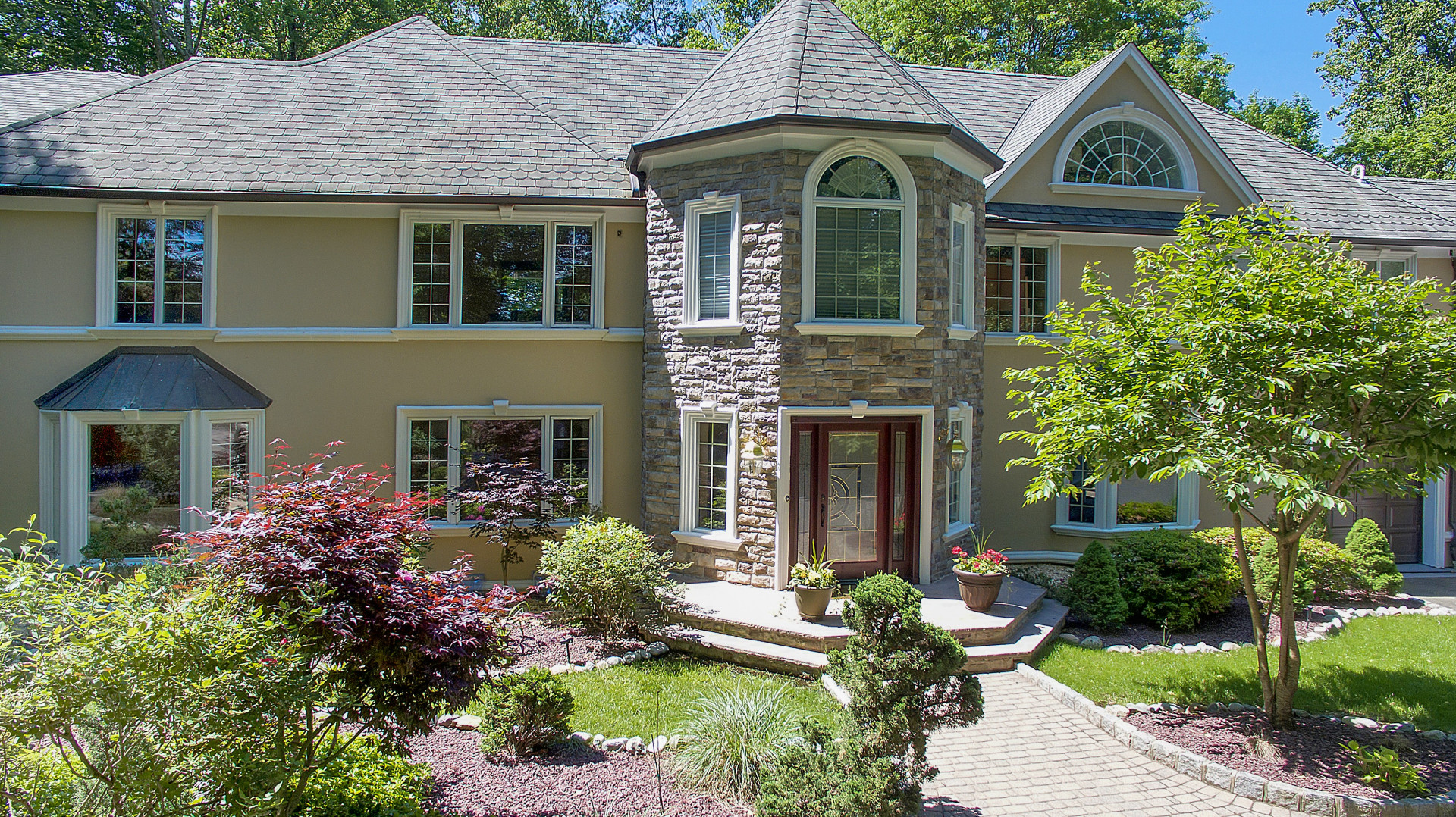 独户住宅 为 销售 在 Masterfully Built ! 133 Chestnut Ridge Rd 马鞍河, 新泽西州 07458 美国