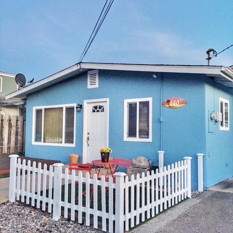 Single Family Home for Sale at Refreshing Turnkey Home in Morro Bay 440 Java Street Morro Bay, California, 93442 United States