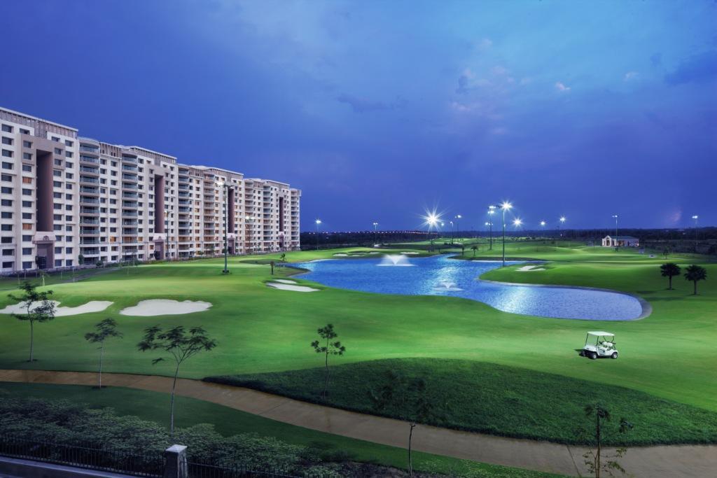 Condominium for Sale at Gurgaon-Splendid Luxury Penthouse in Caitriona Apartments DLF Phase 3 Gurgaon, Haryana, 122010 India