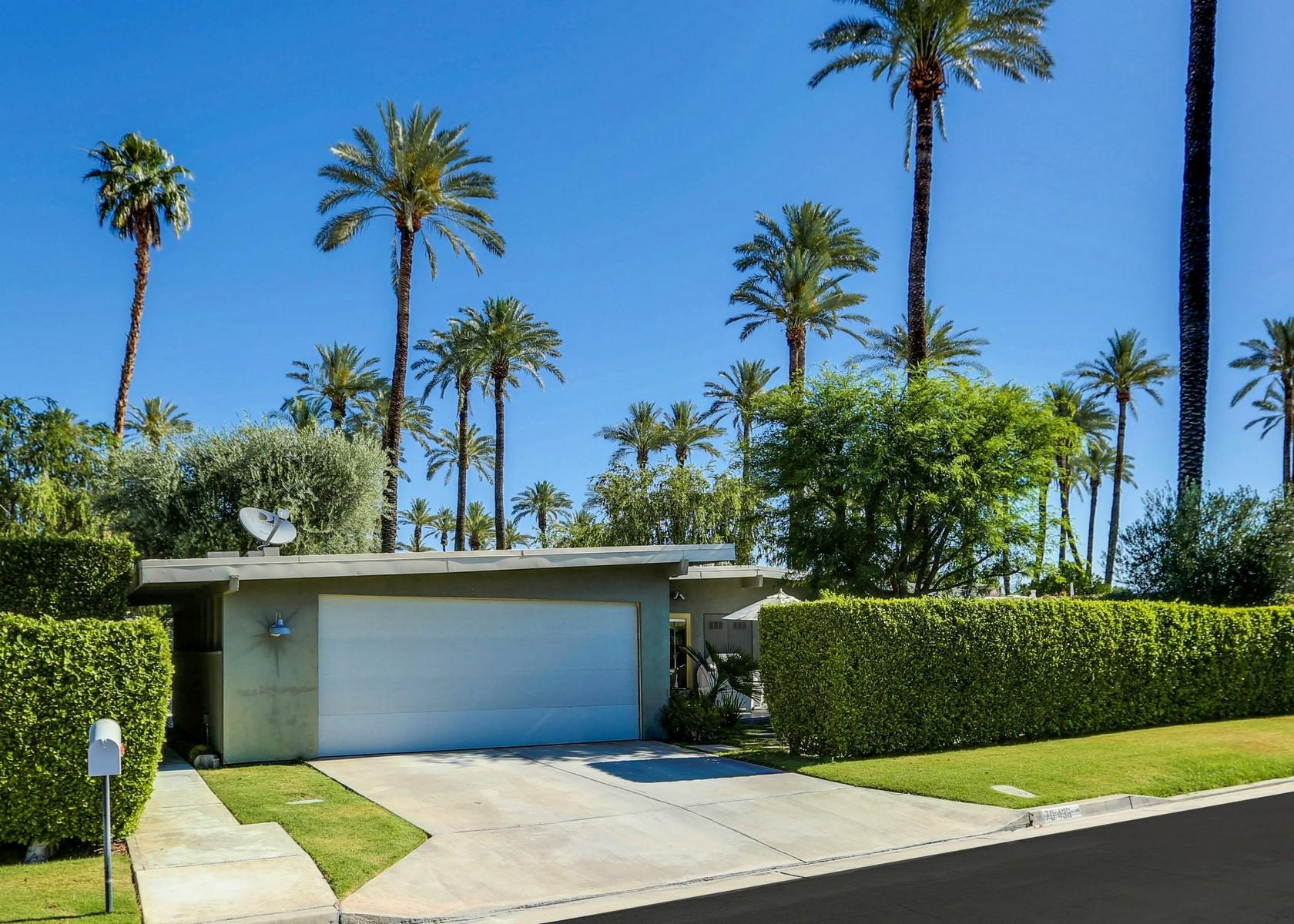 独户住宅 为 销售 在 70436 Tamarisk Lane Rancho Mirage, 加利福尼亚州, 92270 美国