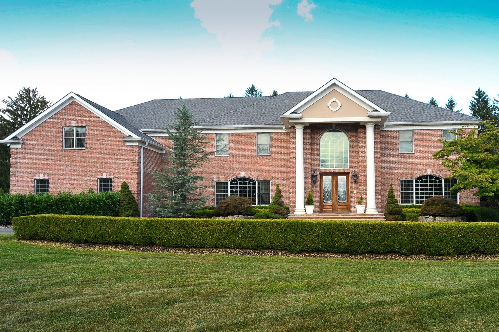 独户住宅 为 销售 在 5 Maplecrest Lane Colts Neck, 新泽西州 07722 美国
