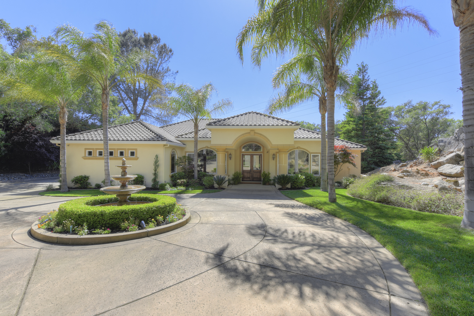 Casa Unifamiliar por un Venta en 5986 Alta Loma Ct, Granite Bay, CA 95746 Granite Bay, California 95746 Estados Unidos