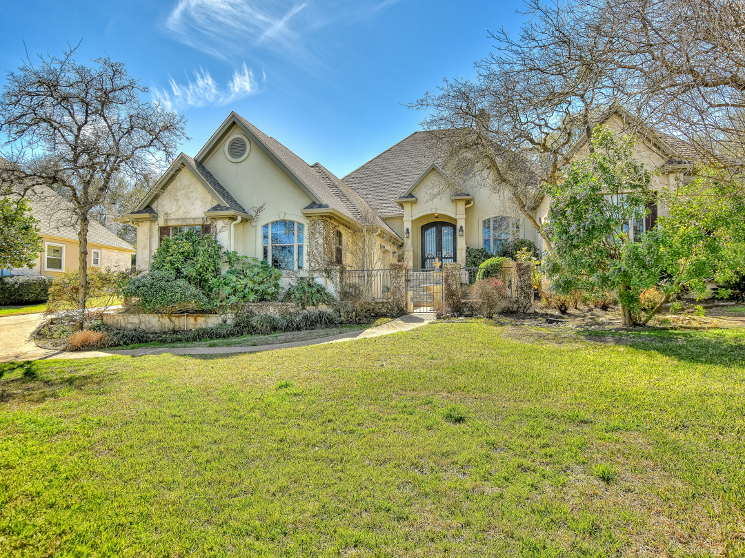 Single Family Home for Sale at 11903 Colleyville Dr, Bee Cave Bee Cave, Texas 78738 United States