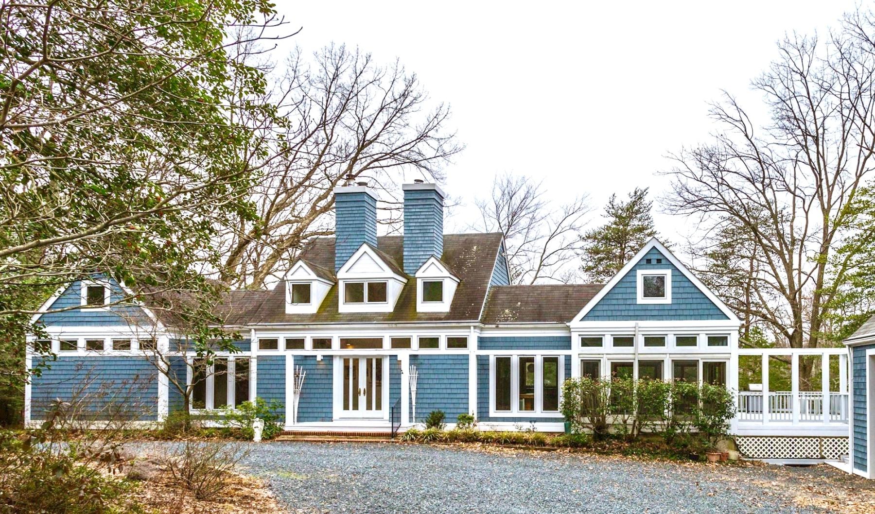 Maison unifamiliale pour l Vente à 614 Stillwater Road, Gibson Island 614 Stillwater Rd Gibson Island, Maryland 21056 États-Unis
