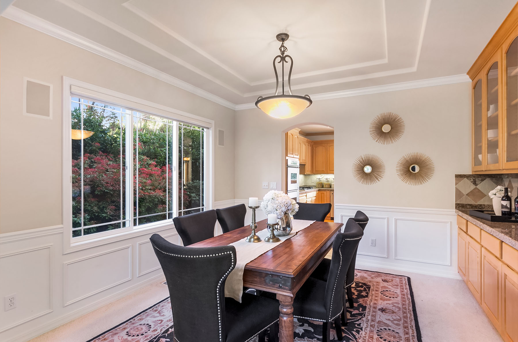 Additional photo for property listing at Brookside Traditional 1012 148th Ave NE Bellevue, Washington 98007 United States
